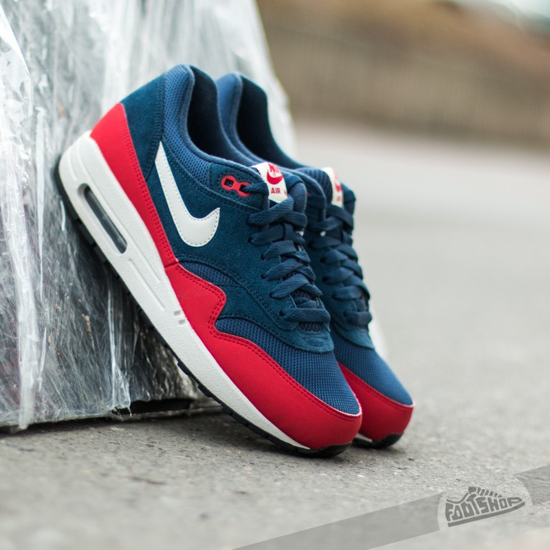 size 40 3f094 81df1 Nike Air Max 1 Essential Midnight Navy University Red