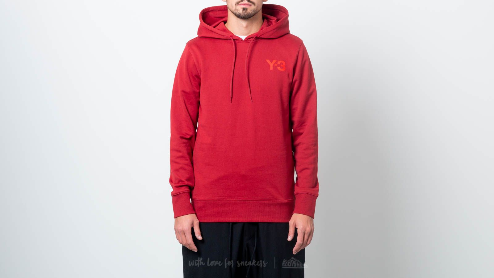 Y-3 Classic Hoodie Rus Red za skvělou cenu 4 790 Kč koupíte na Footshop.cz
