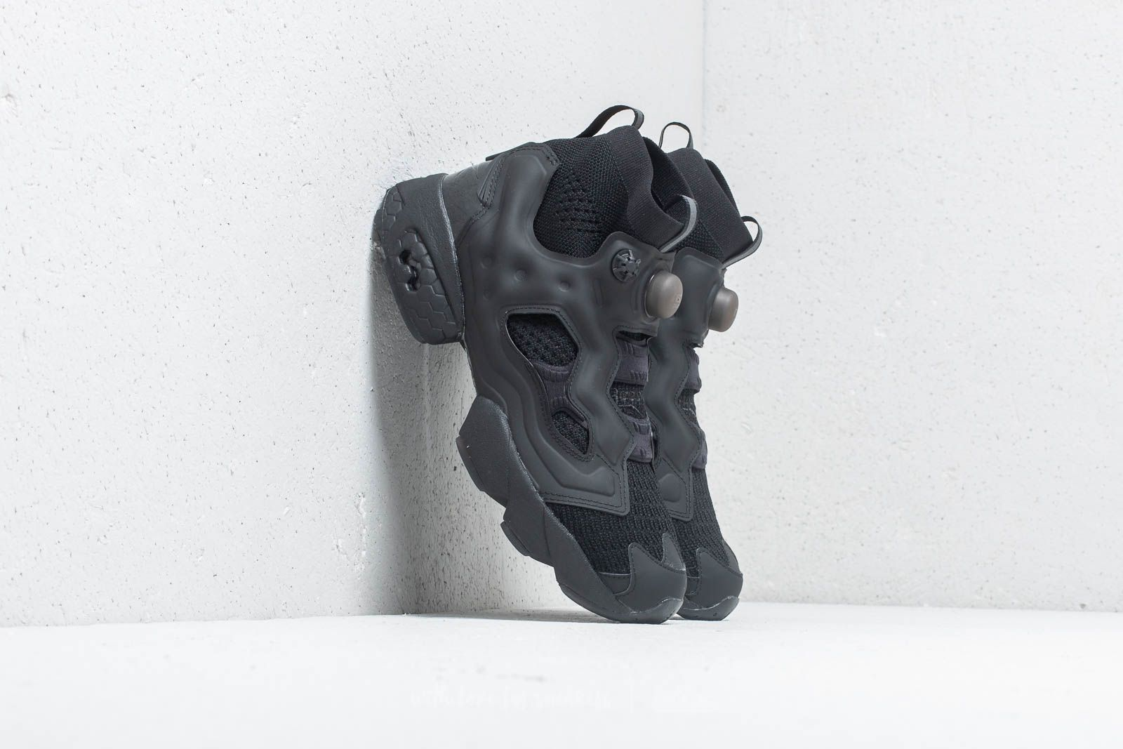 7ca8364b561 Reebok Instapump Fury OG Ultraknit Black  Digital Pink at a great price 249  € buy