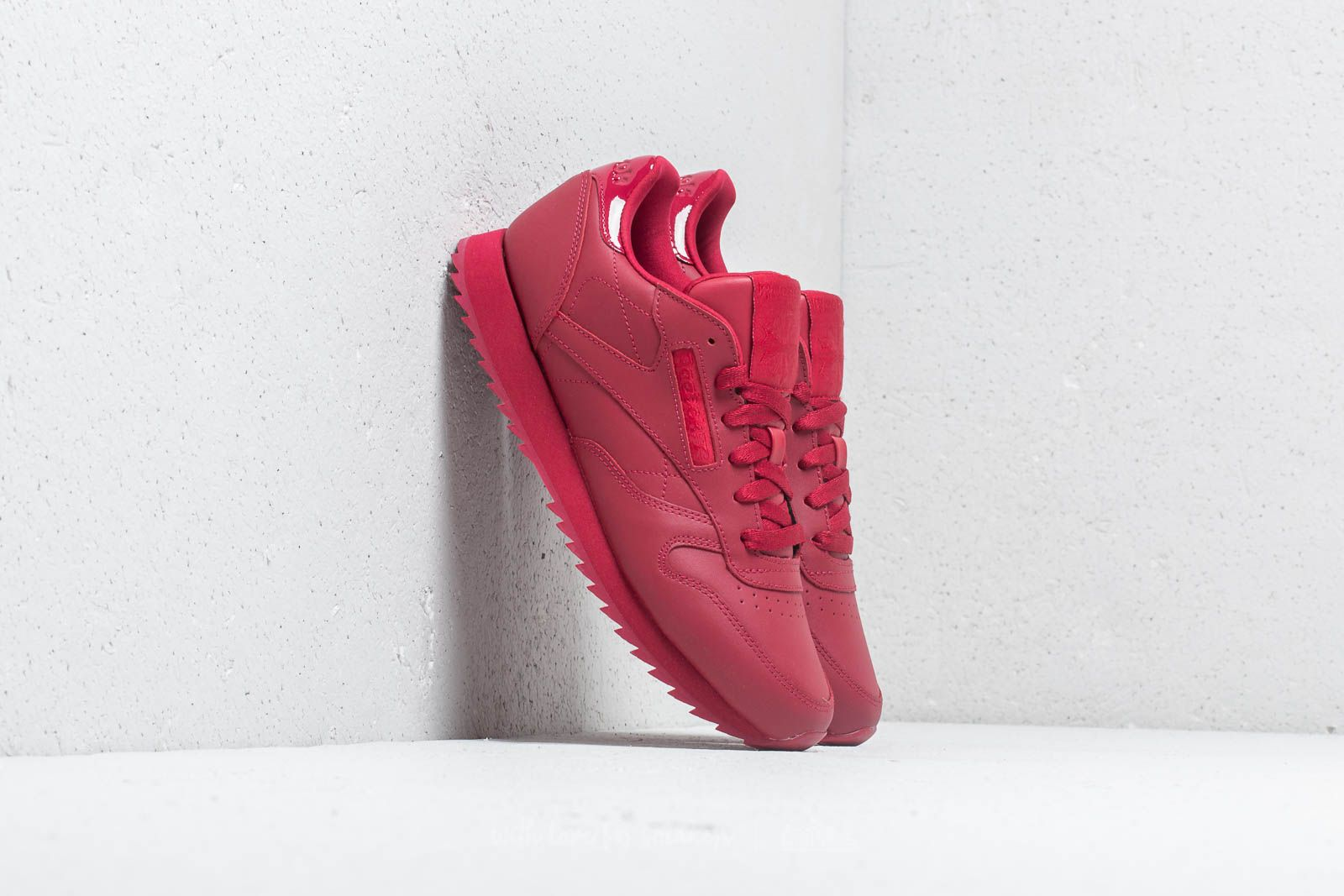 7c222c9ff29 Reebok CL Leather Ripple W Cranberry Red at a great price 90 € buy at  Footshop