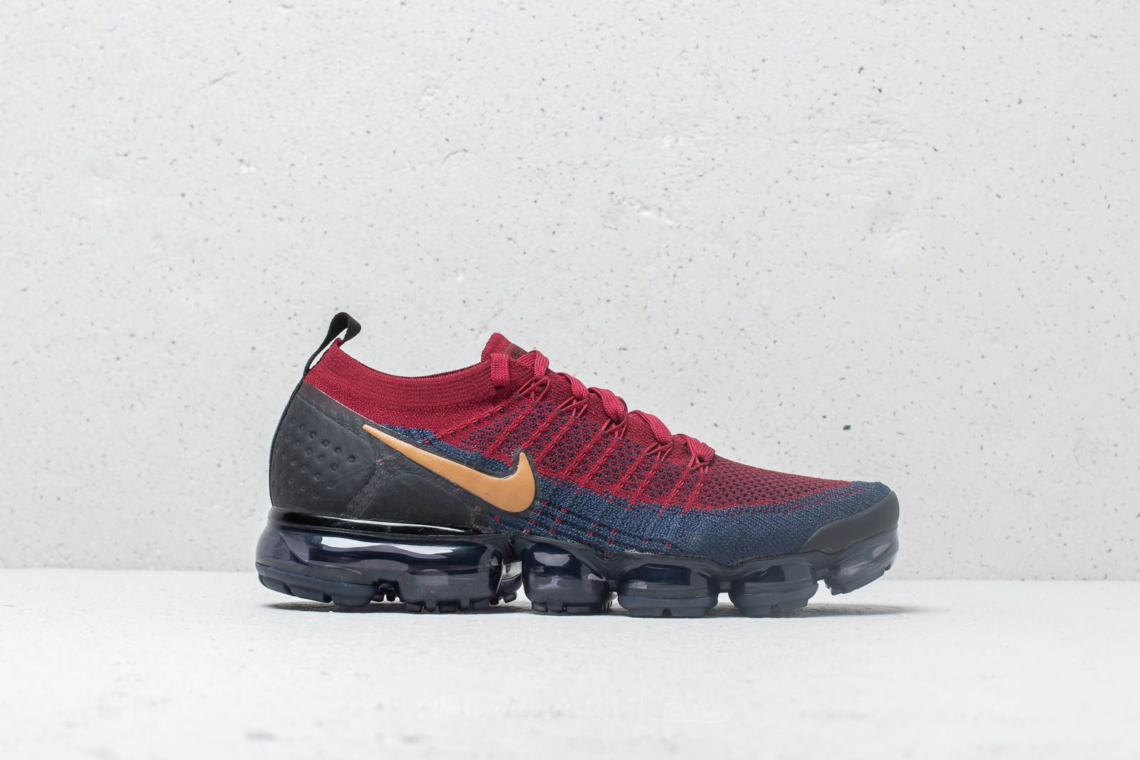 quality design 1d929 88b6a Nike Air Vapormax Flyknit 2 Team Red/ Wheat-Obsidian-Black ...