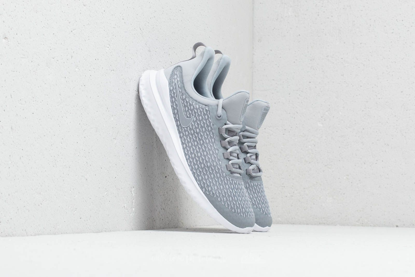 7fbde46c17c Nike Renew Rival (GS) Stealth  Wolf Grey-White at a great price