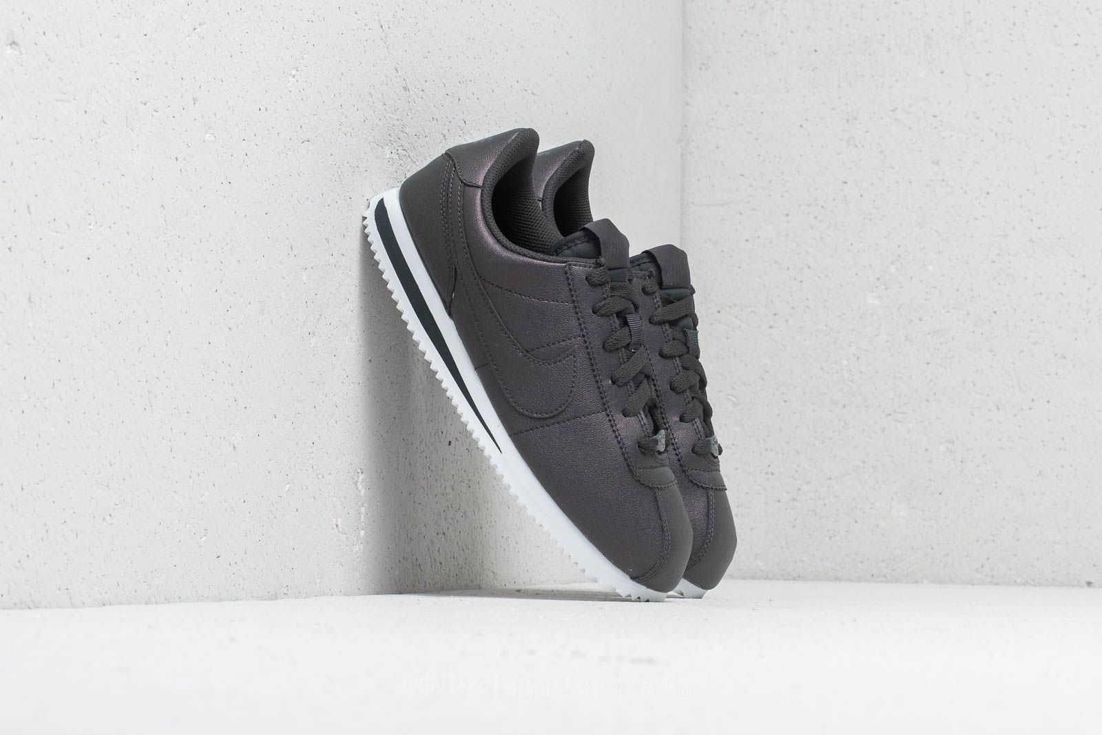 best loved 90be9 0895b Nike Cortez Basic SL SS (GS) Anthracite  Anthracite-White at a great