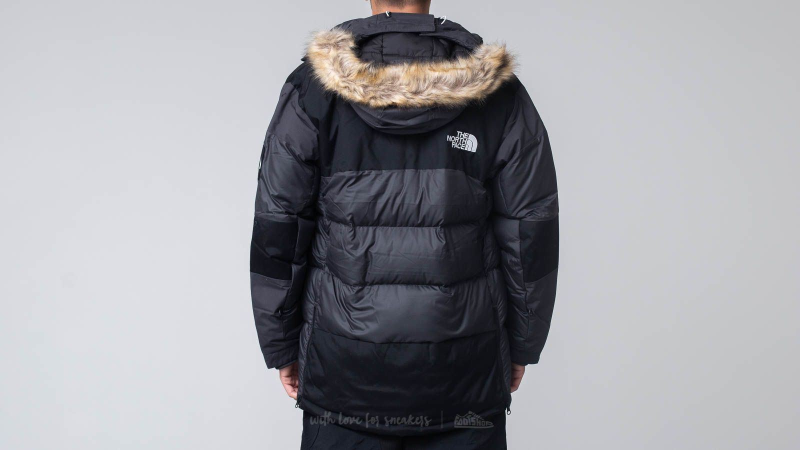 bf72fbf3f0 The North Face Vostok Parka Snow Jacket Black at a great price 447 € buy at