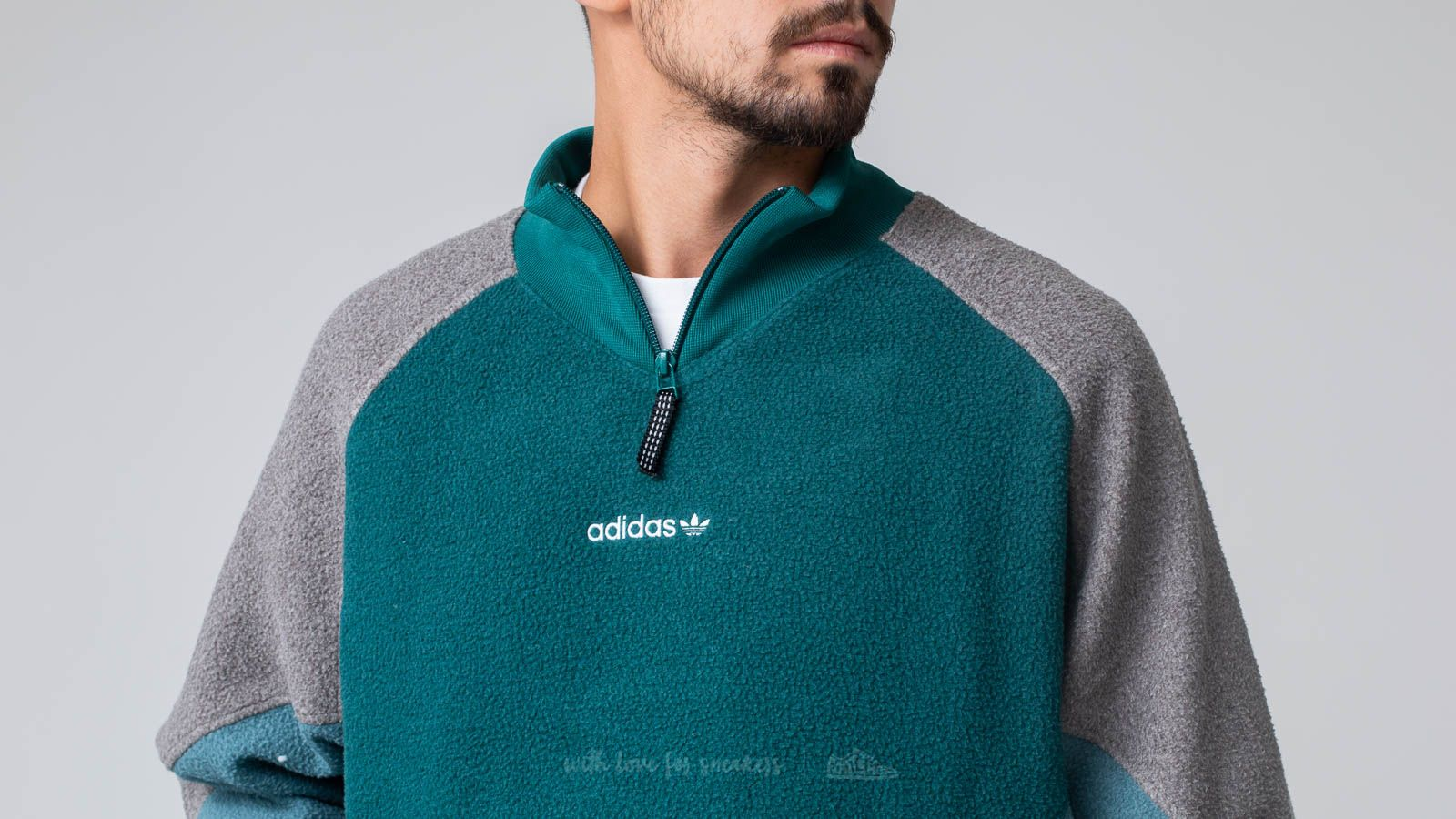 96a16a80aab9 adidas Equipment Polar Jacket Noble Green at a great price 117 € bestell  bei Footshop