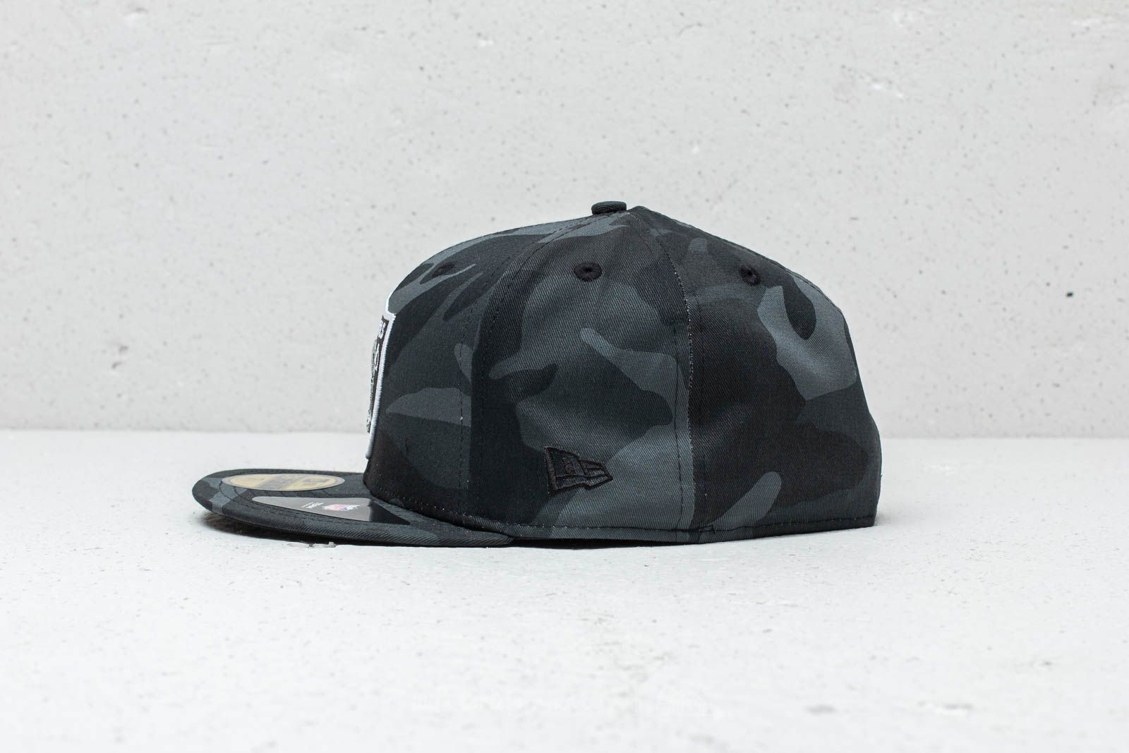 New Era 59Fifty NFL Oakland Raiders Cap Black Camo at a great price 26 € buy e6debc5ed72