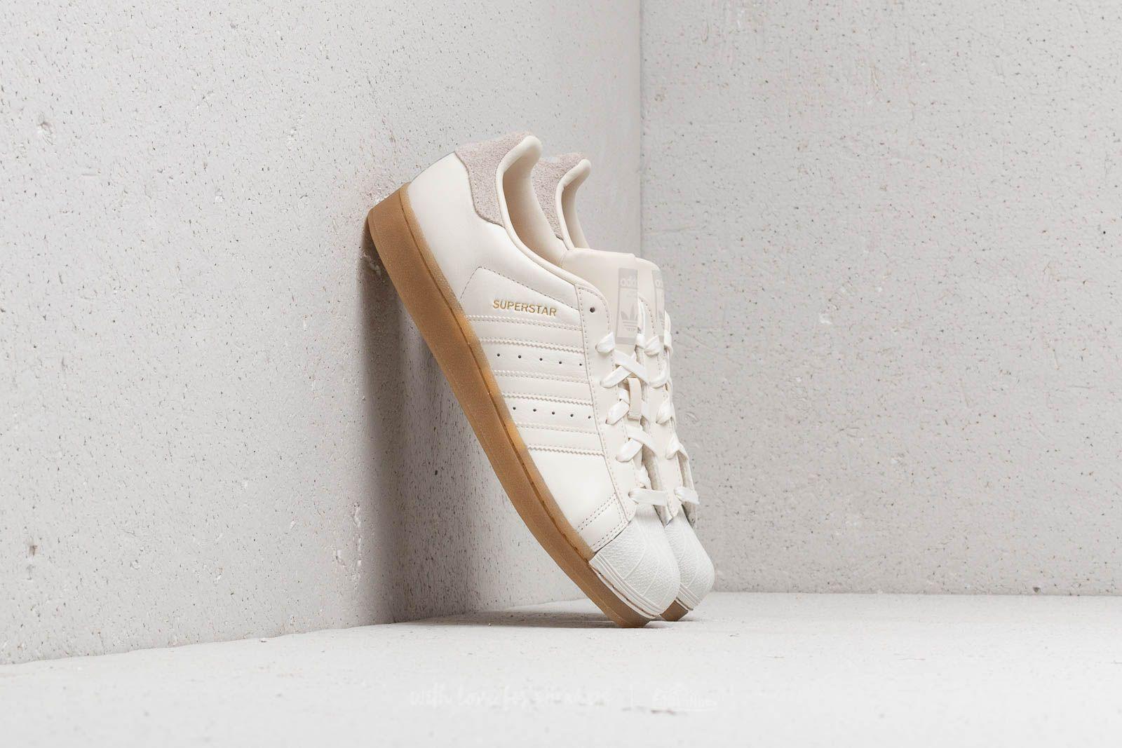 adidas Superstar W Cloud White/ Cloud White/ Gum4 za skvělou cenu 1 880 Kč koupíte na Footshop.cz