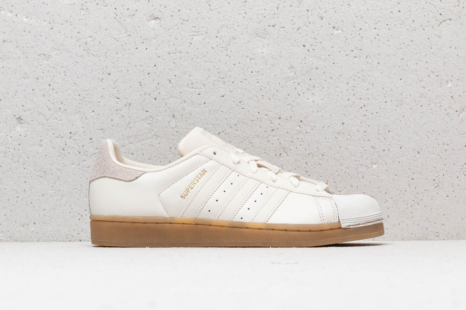 d9a930399365 adidas Superstar W Cloud White  Cloud White  Gum4 at a great price £86