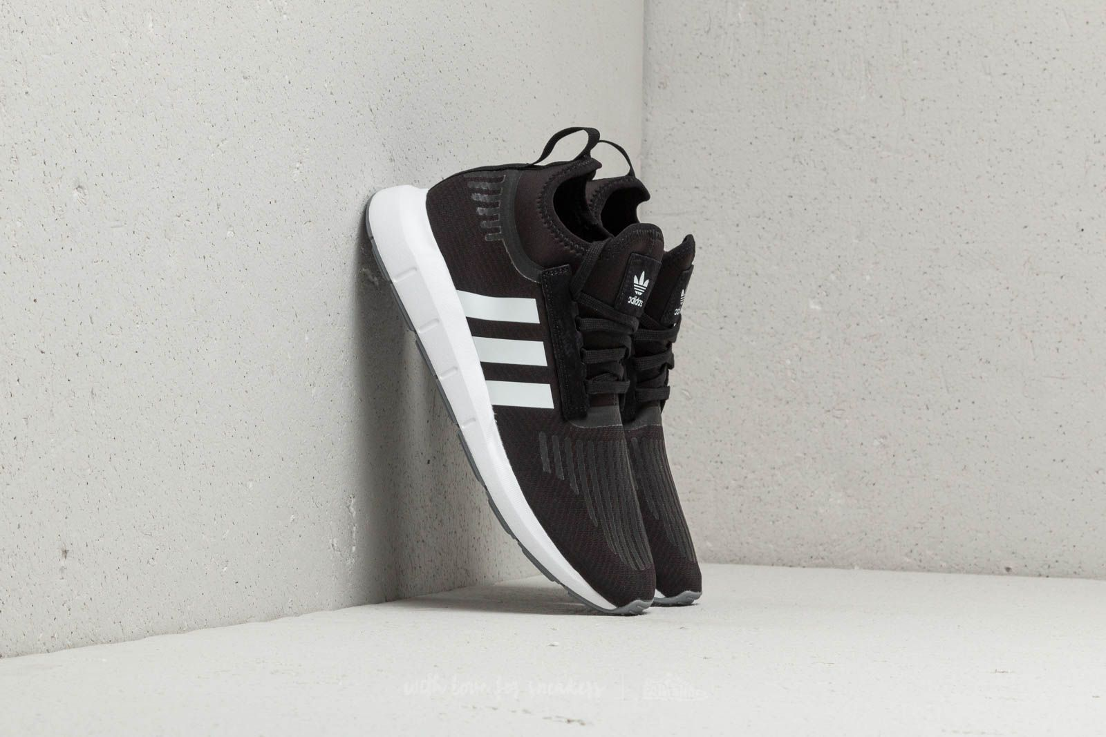 78fe97a43fda1b adidas Swift Run Barrier Core Black  Ftw White  Grey at a great price 70