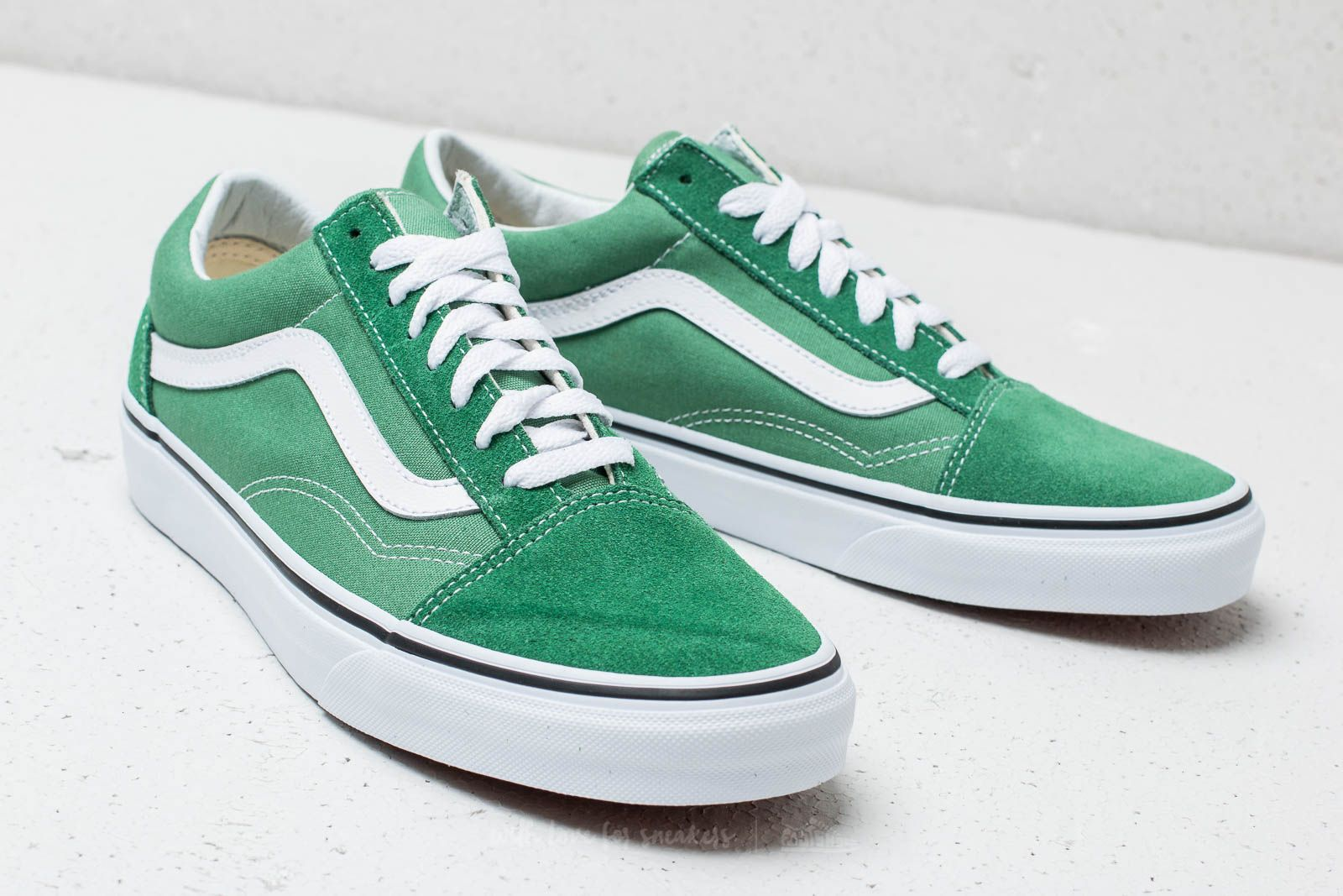 Vans Old Skool Deep Grass Green  True White at a great price 66 € buy 84754395d