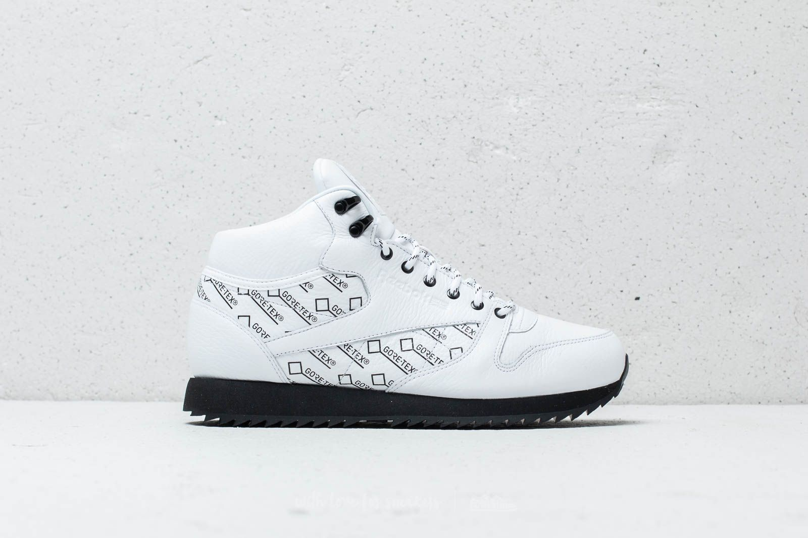 cee658e62592 Reebok CL Leather Mid Ripple Gore-Tex White  Black at a great price 72