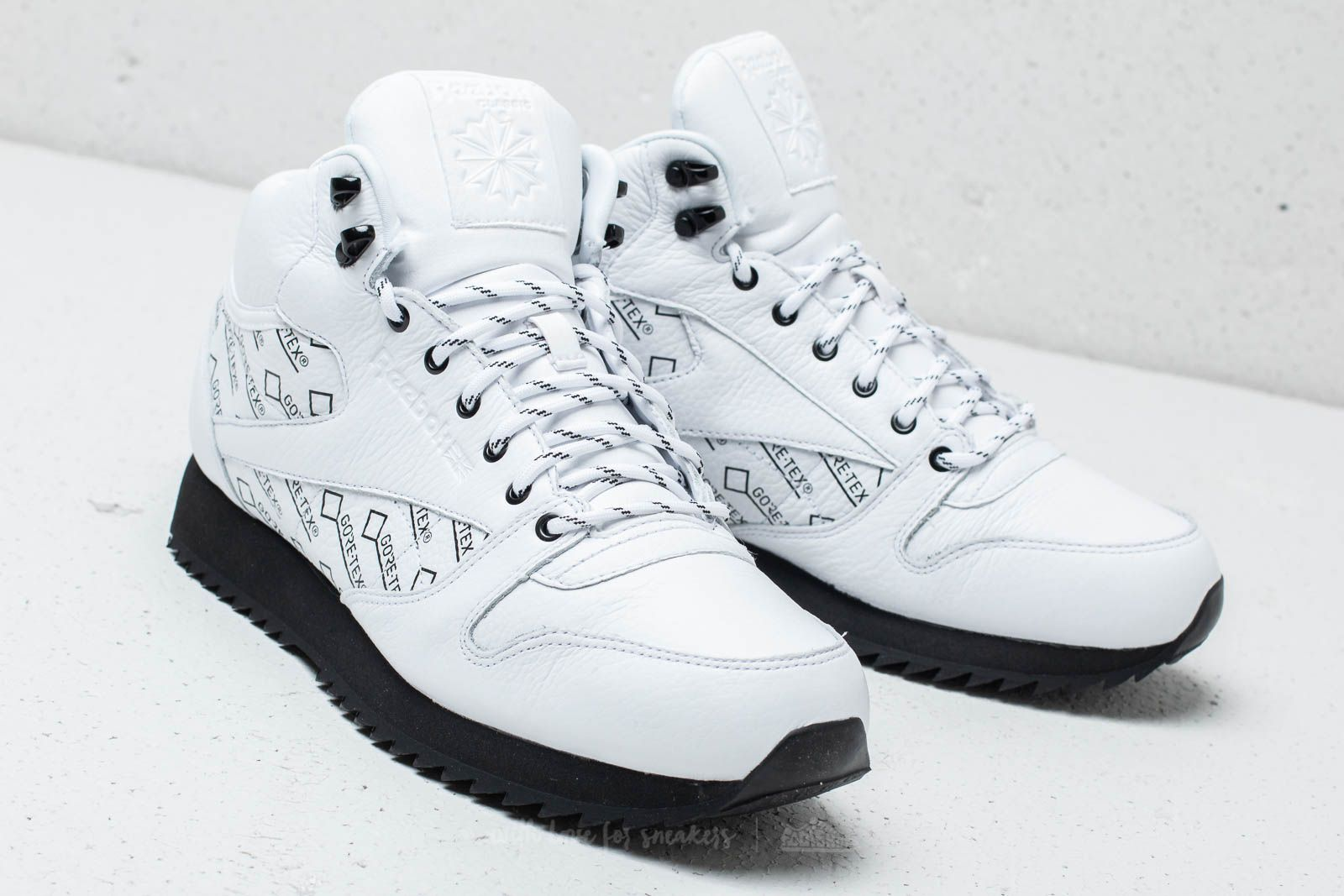 e58a2641b73 Reebok CL Leather Mid Ripple Gore-Tex White  Black at a great price 72
