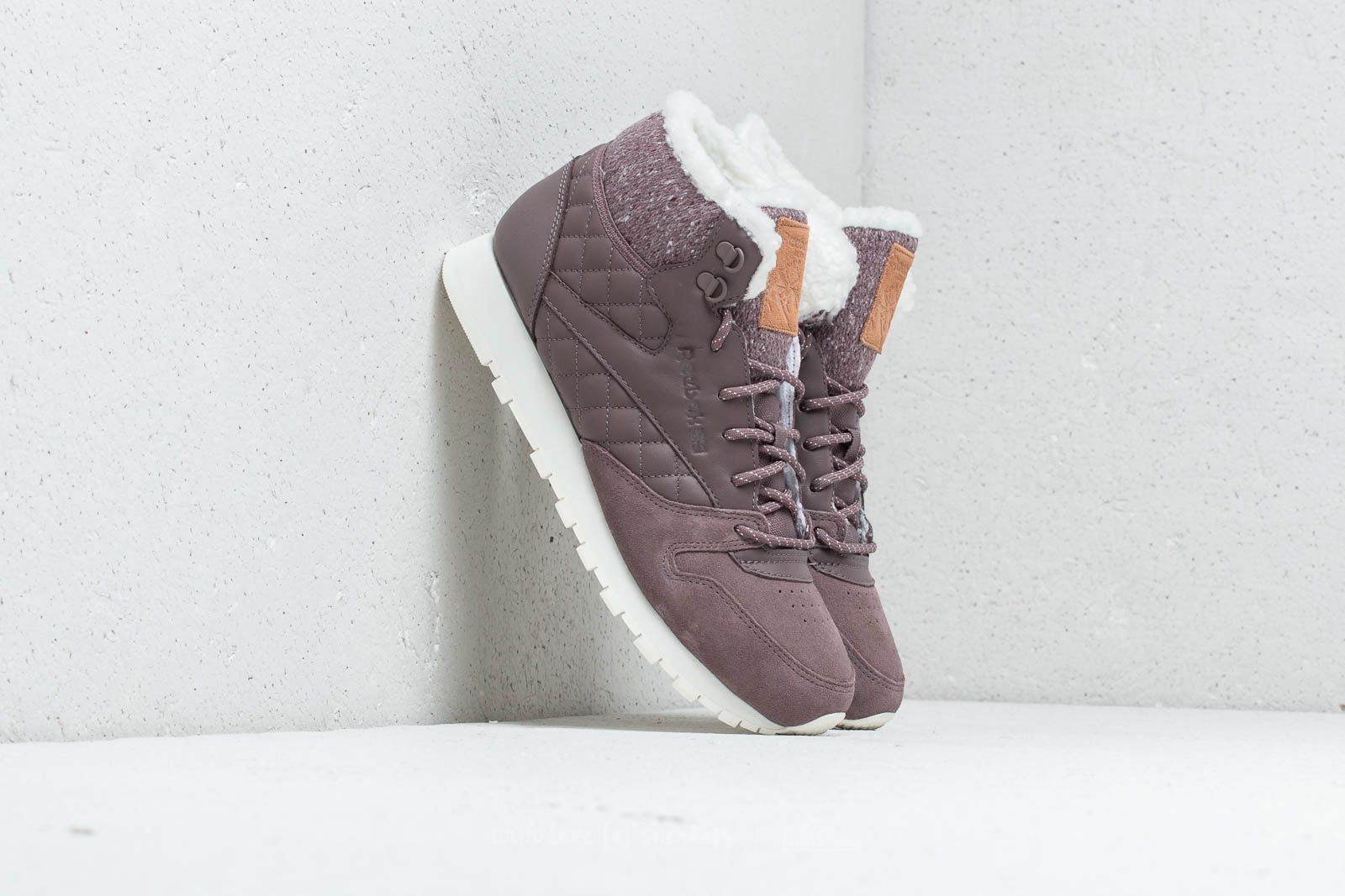 fe1d94520ce231 Reebok CL Leather Arctic Boot Almost Grey  Chalk  Camel at a great price £