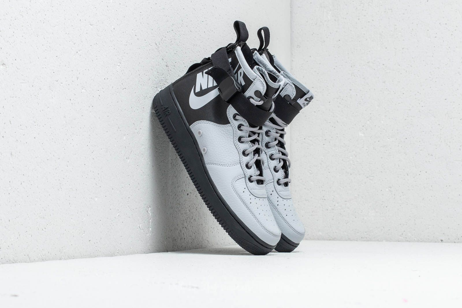 finest selection 9073e 791fd Nike SF Air Force 1 Mid. Wolf Grey  ...