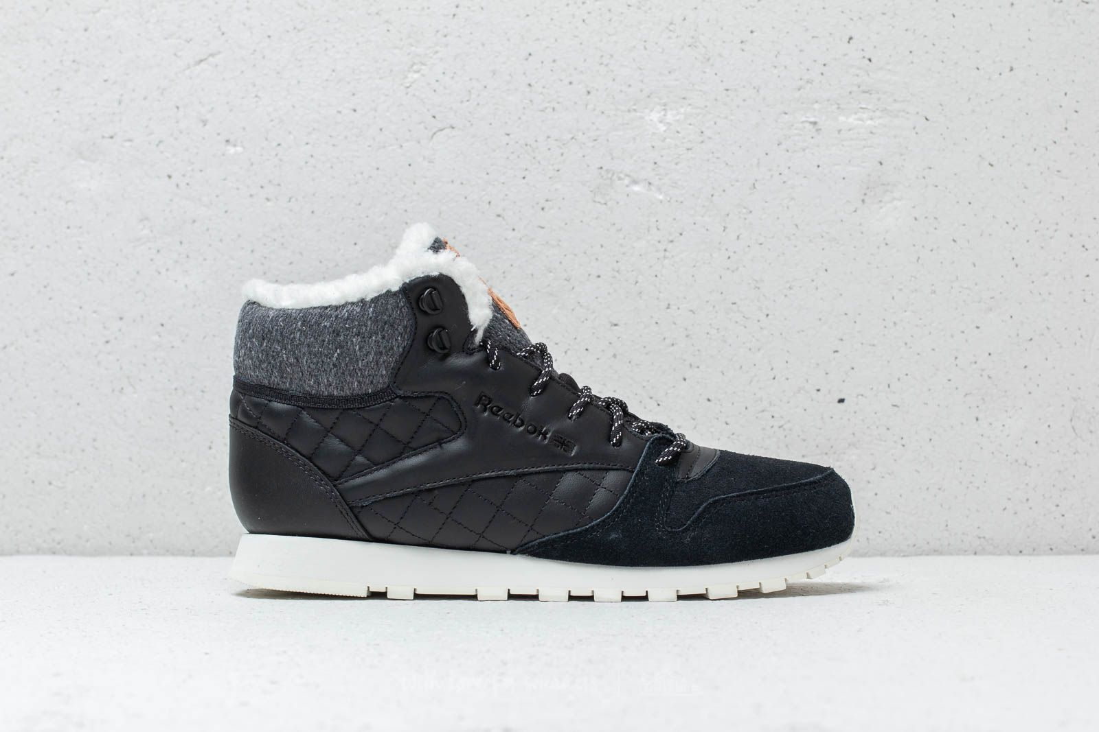 717f956c4547e5 Reebok Classic Leather Arctic Boot Black  Chalk  Camel  Pink at a great  price