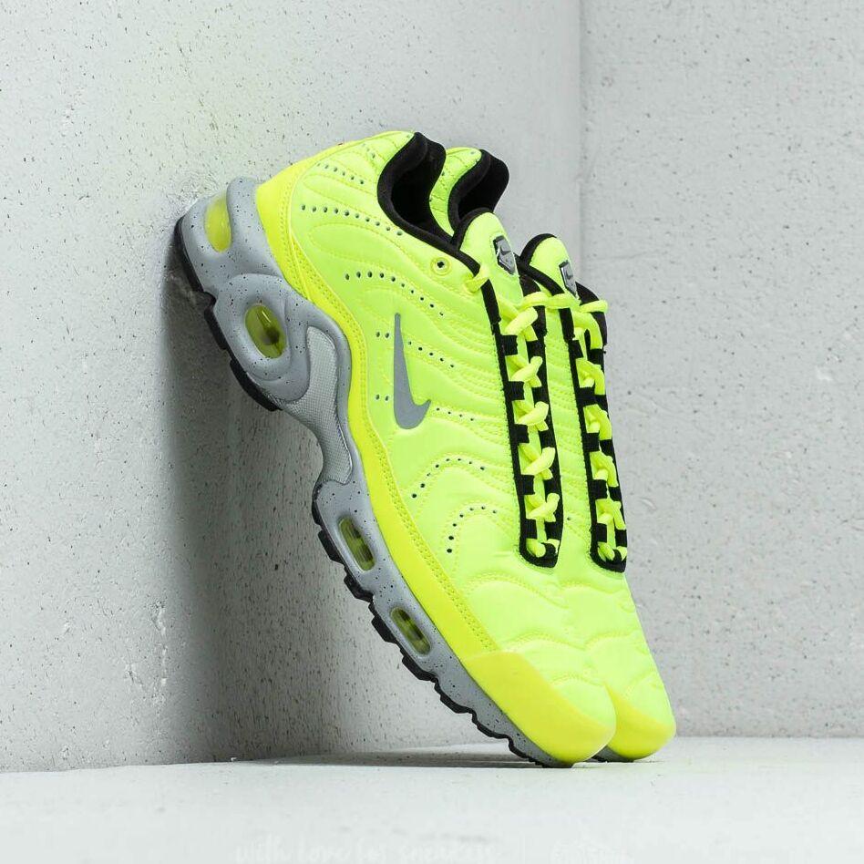 Nike Air Max Plus Premium Volt/ Matte Silver-Wolf Grey EUR 42
