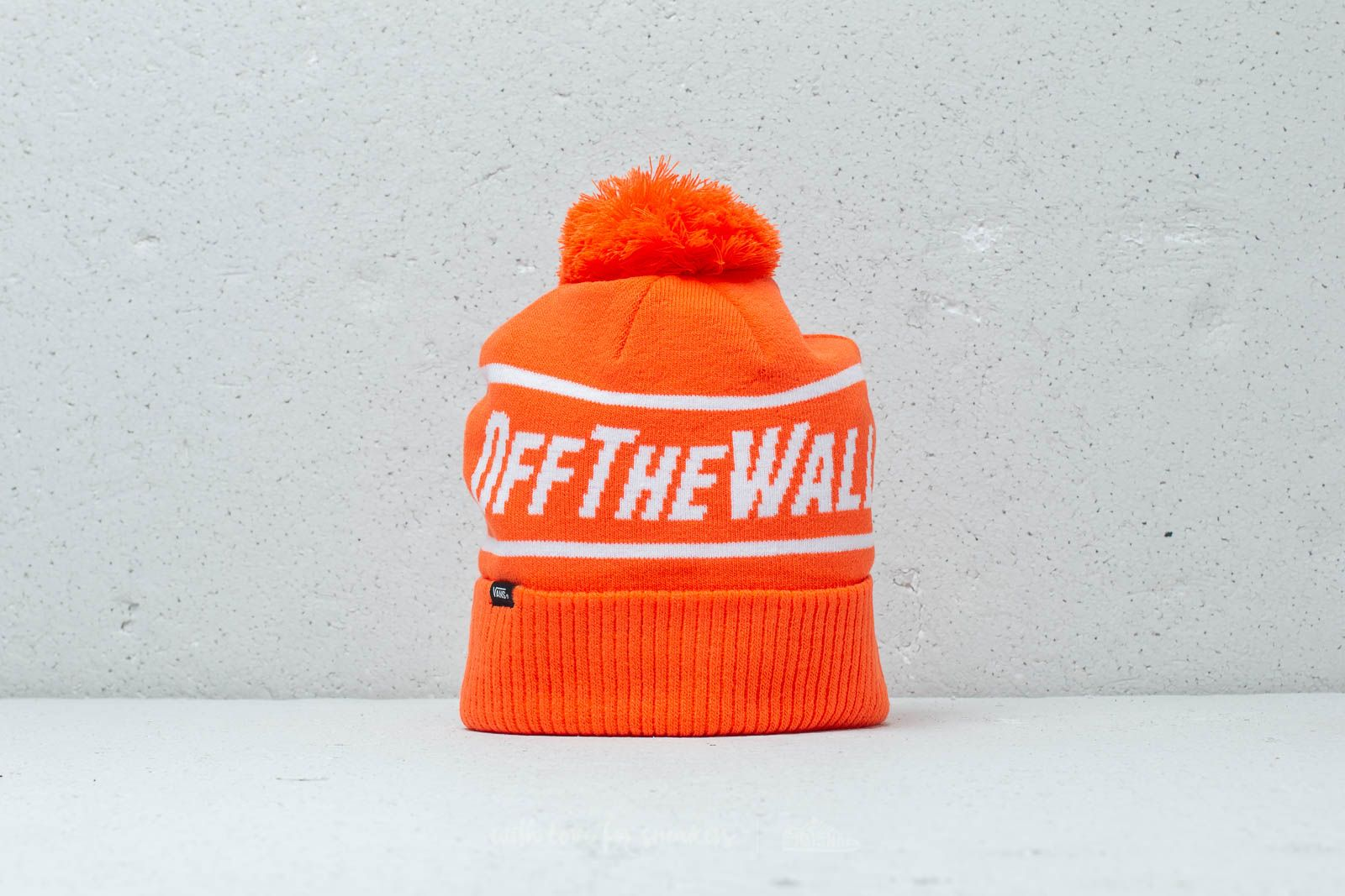 71e74c7c578 Vans Off The Wall Pom Flame
