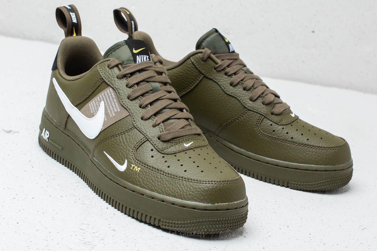 Nike Air Force 1 '07 LV8 Utility Olive Canvas White Black | Footshop