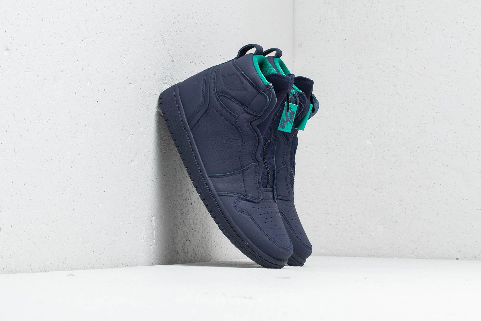 132891058eeb93 Air Jordan 1 High Zip Wmns Blackened Blue  Neptune Green