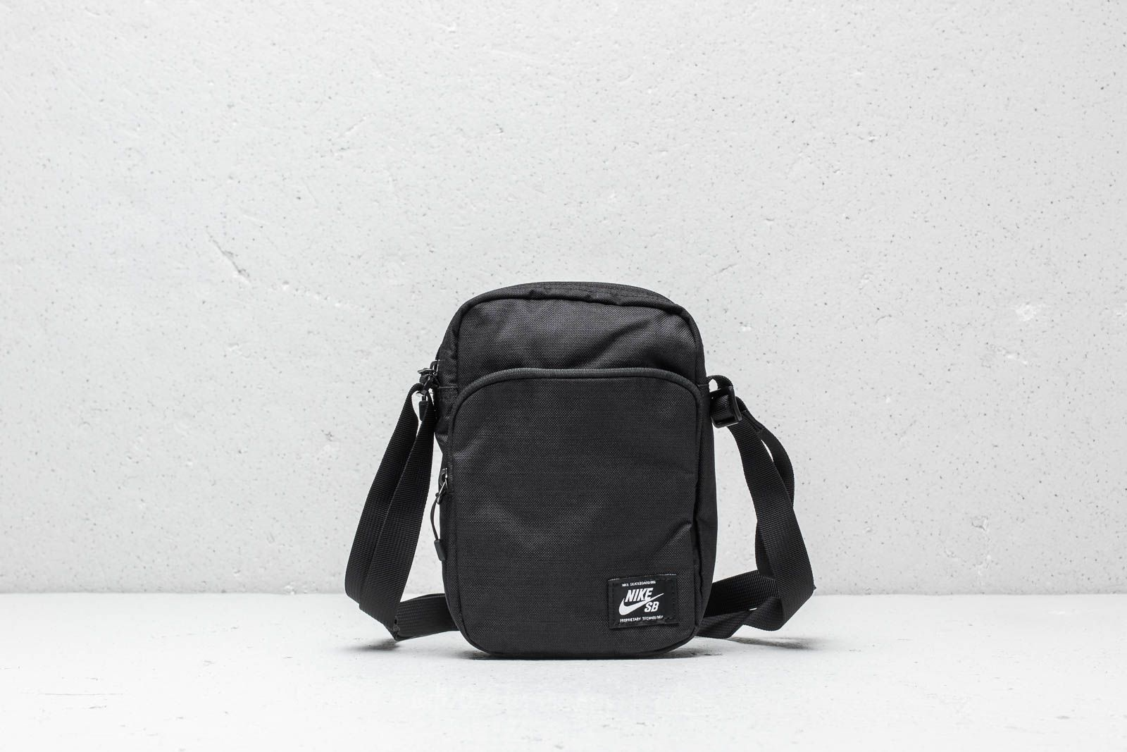 3ff80a57c569 Nike SB Heritage Small Backpack Black