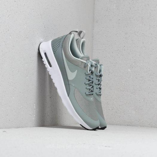 toque Largo malla  Women's shoes Nike WMNS Air Max Thea Mica Green/ Light Silver-Black