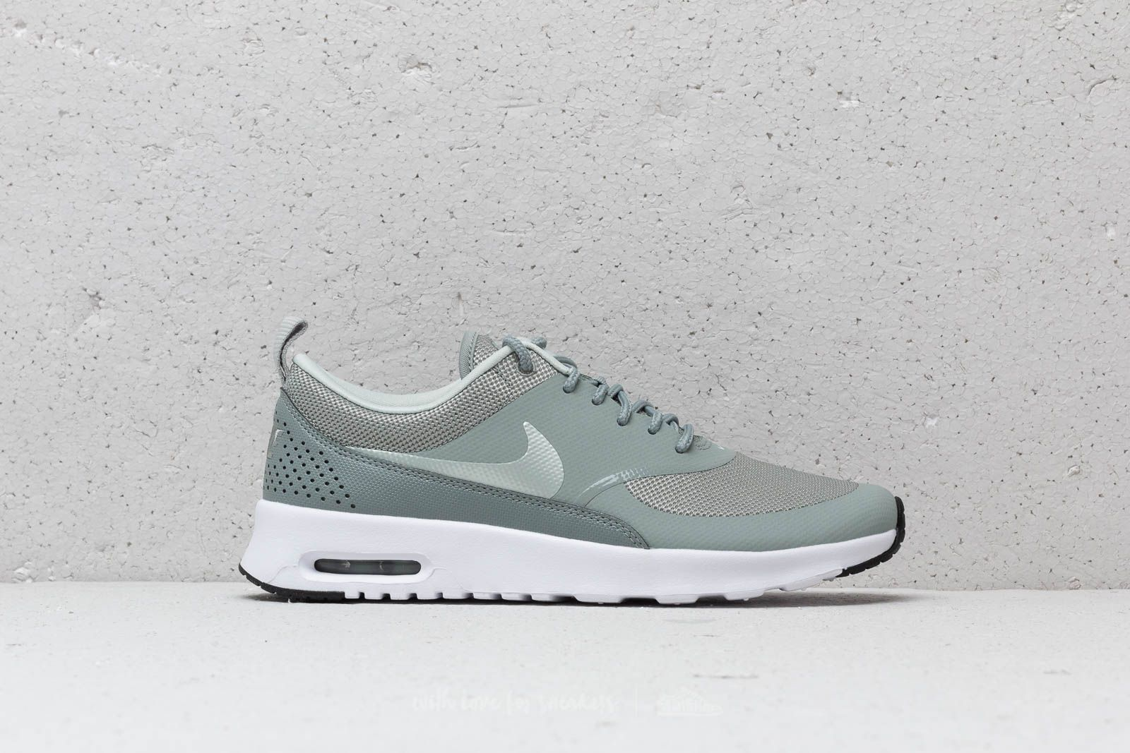 more photos 2164f 0e0ef ... norway nike wmns air max thea mica green light silver black at a great  price 4a09c