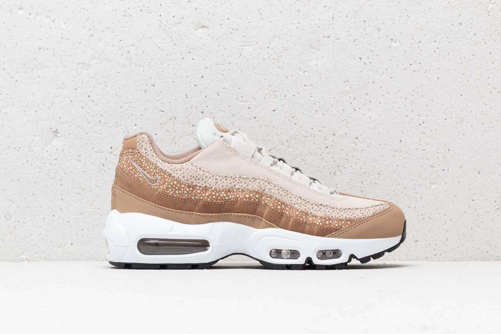 big sale 25ef1 16805 Nike Wmns Air Max 95 Premium Canteen  Canteen-Light Bone at a great price
