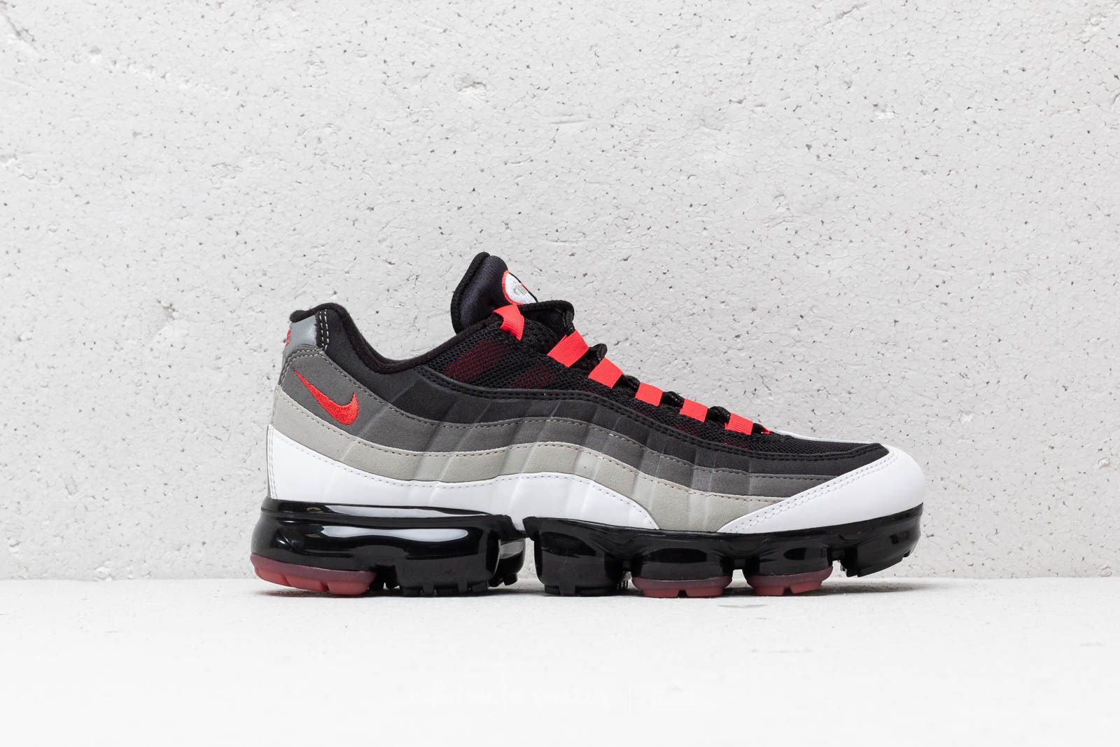 huge discount ff1d9 2d30d Nike Air Vapormax  95 White  Hot Red-Dark Pewter at a great price