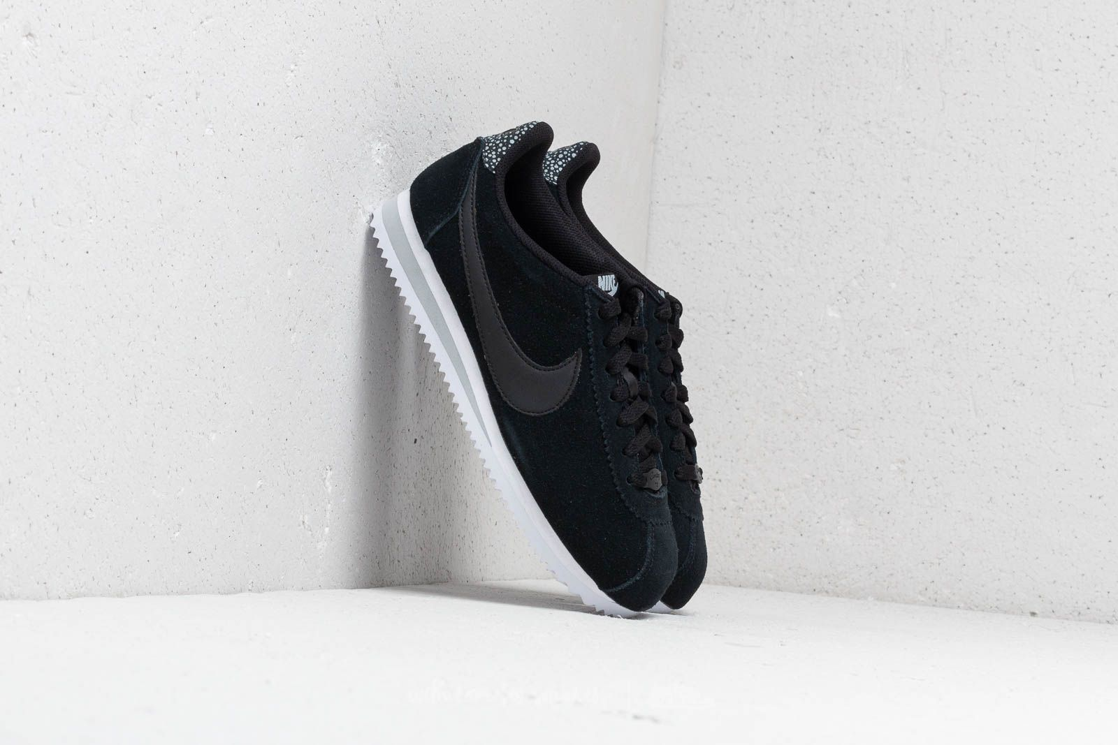 best service 9a4d3 148be Nike Classic Cortez Premium Wmns Black  Black-Wolf Grey-White at a great