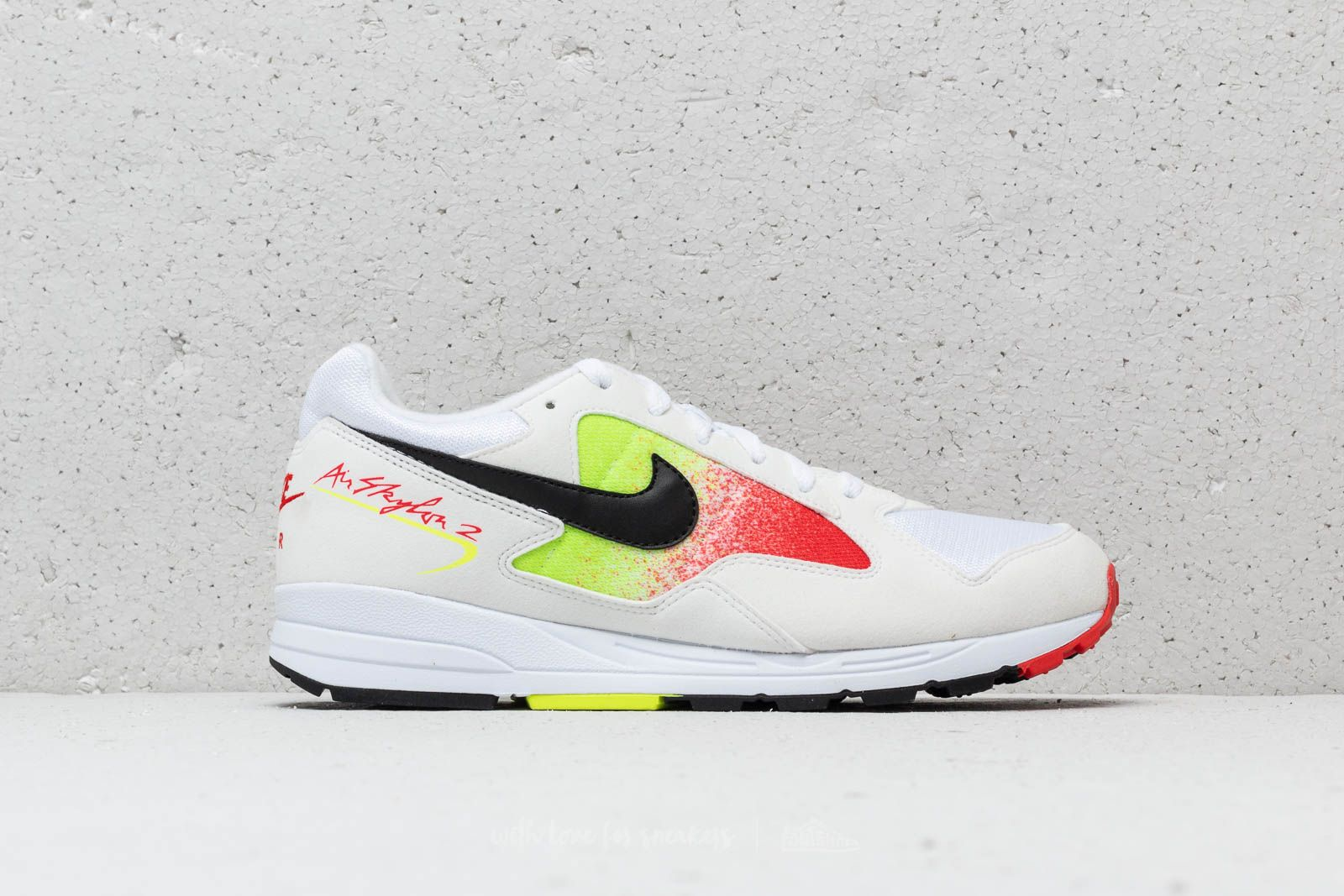 info for aba00 3aaa9 Nike Air Skylon II White  Black-Volt-Habanero Red au meilleur prix 70