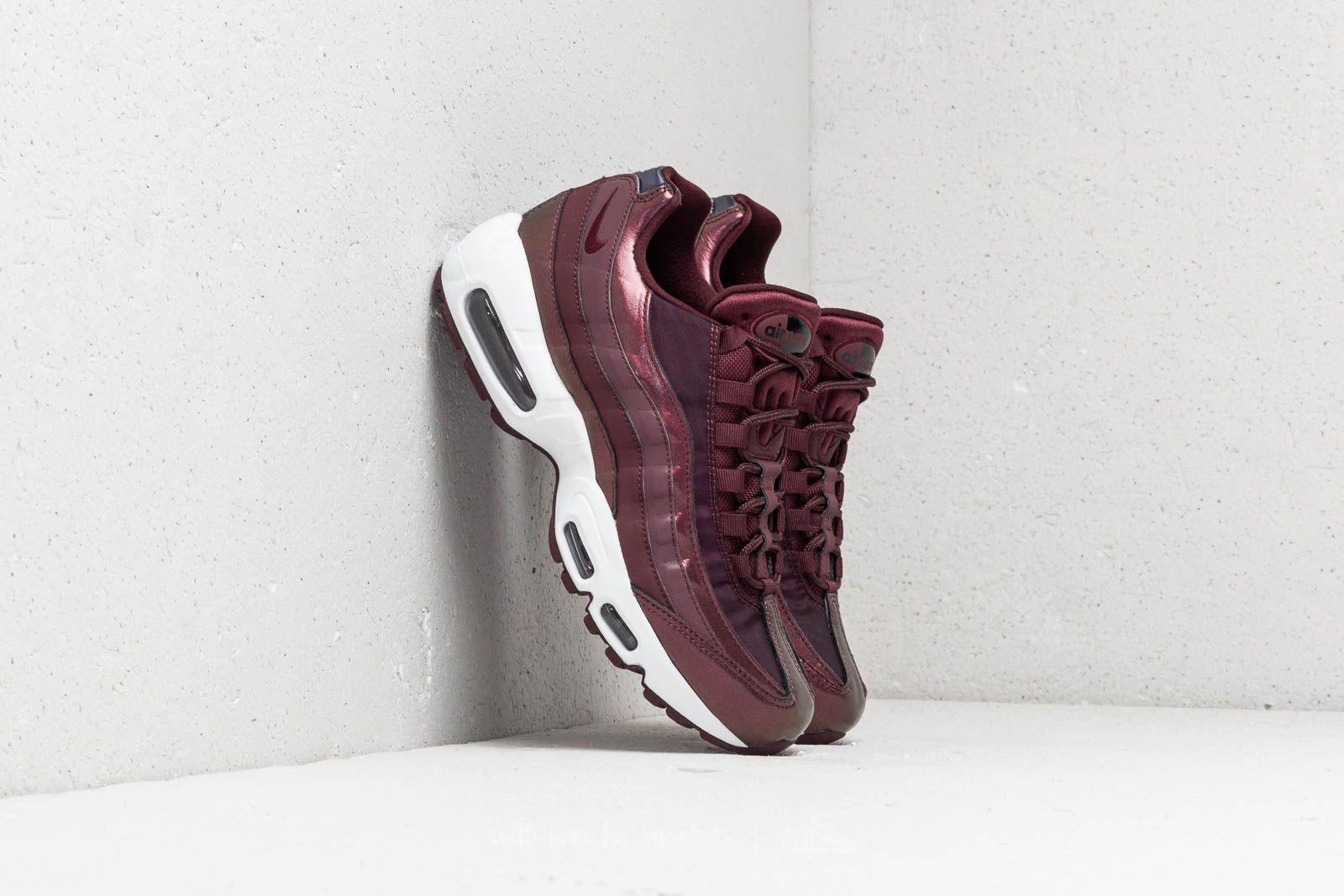 Dámské tenisky a boty Nike WMNS Air Max 95 SE Burgundy Crush/ Burgundy Crush