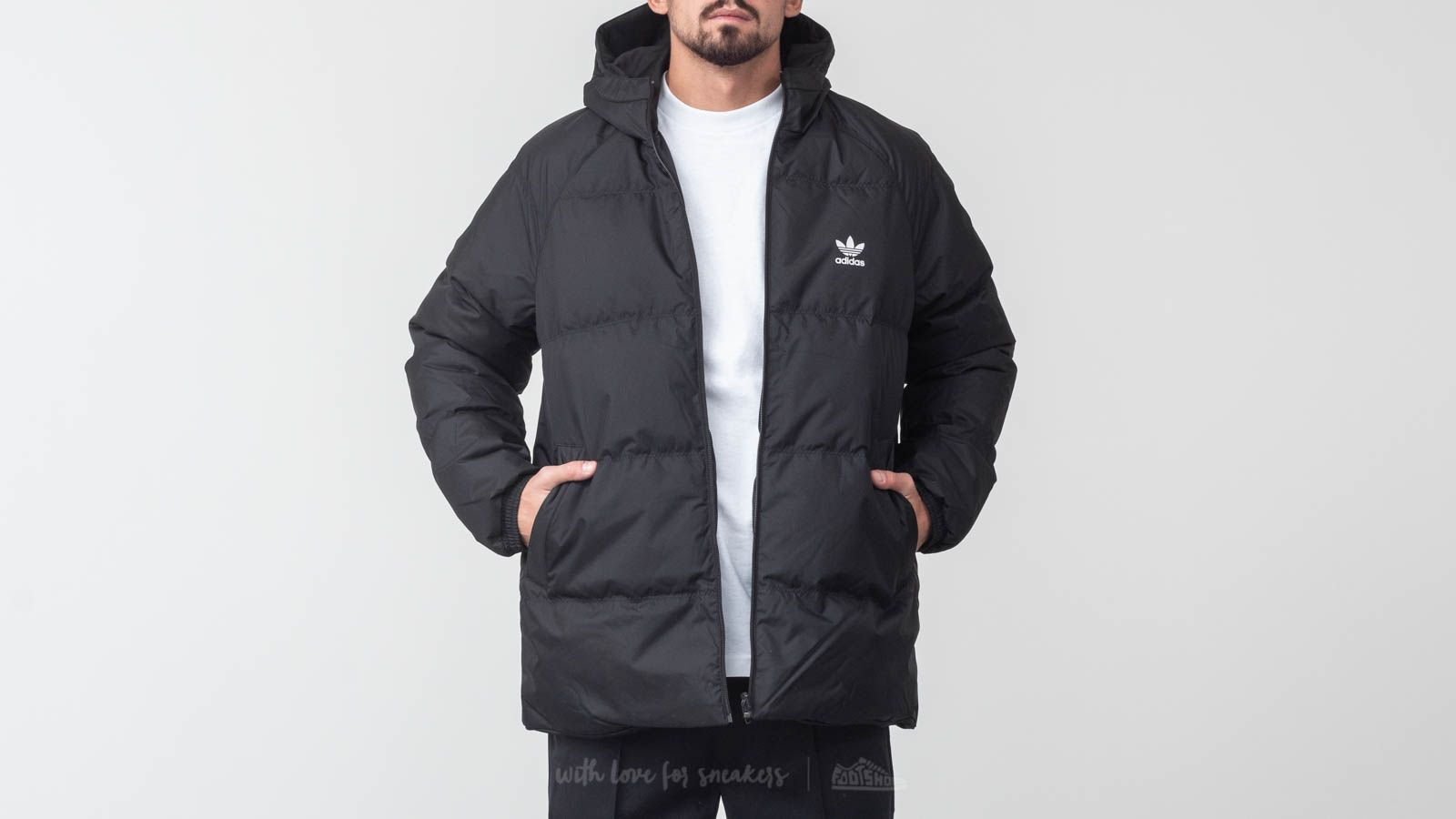 adidas Superstar Down Hood Jacket Black za skvělou cenu 3 234 Kč koupíte na Footshop.cz