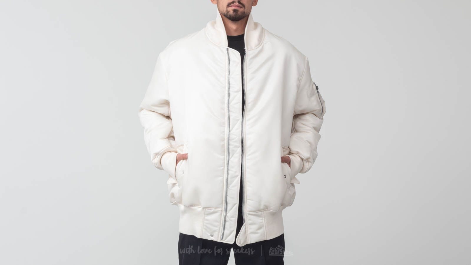 Y-3 M AOP OVS Bomber Champagne/ Flowercamoaop at a great price $783 buy at Footshop