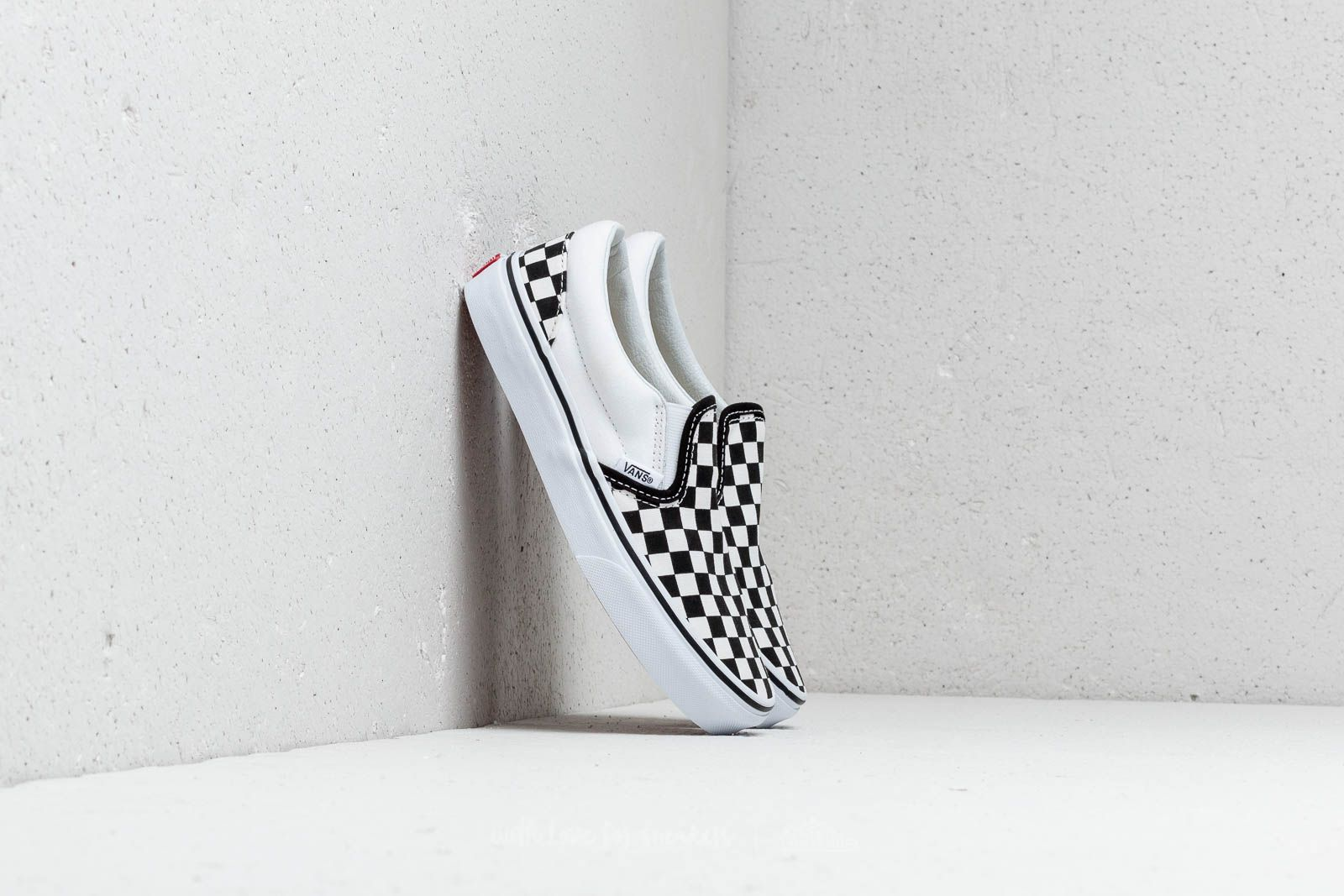 Vans Classic Slip On (Checkerboard) Black True White | Footshop