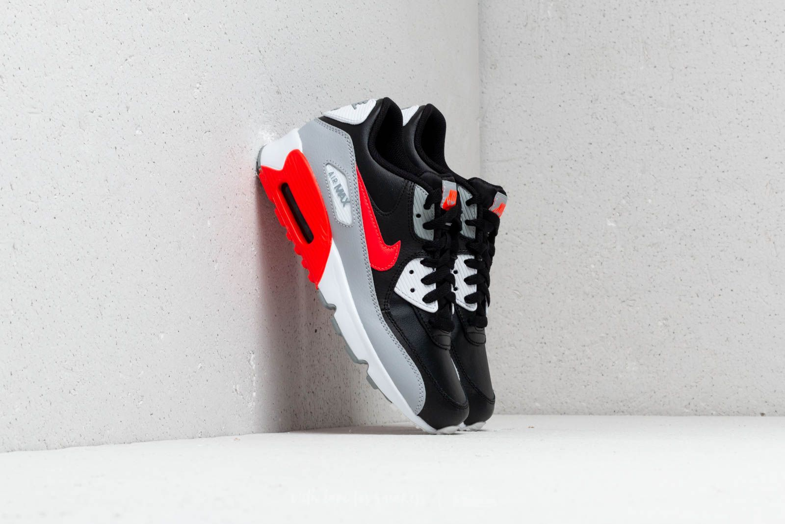 new concept 7b900 89bf8 Nike Air Max 90 Leather (GS) Wolf Grey  Bright Crimson-Black at