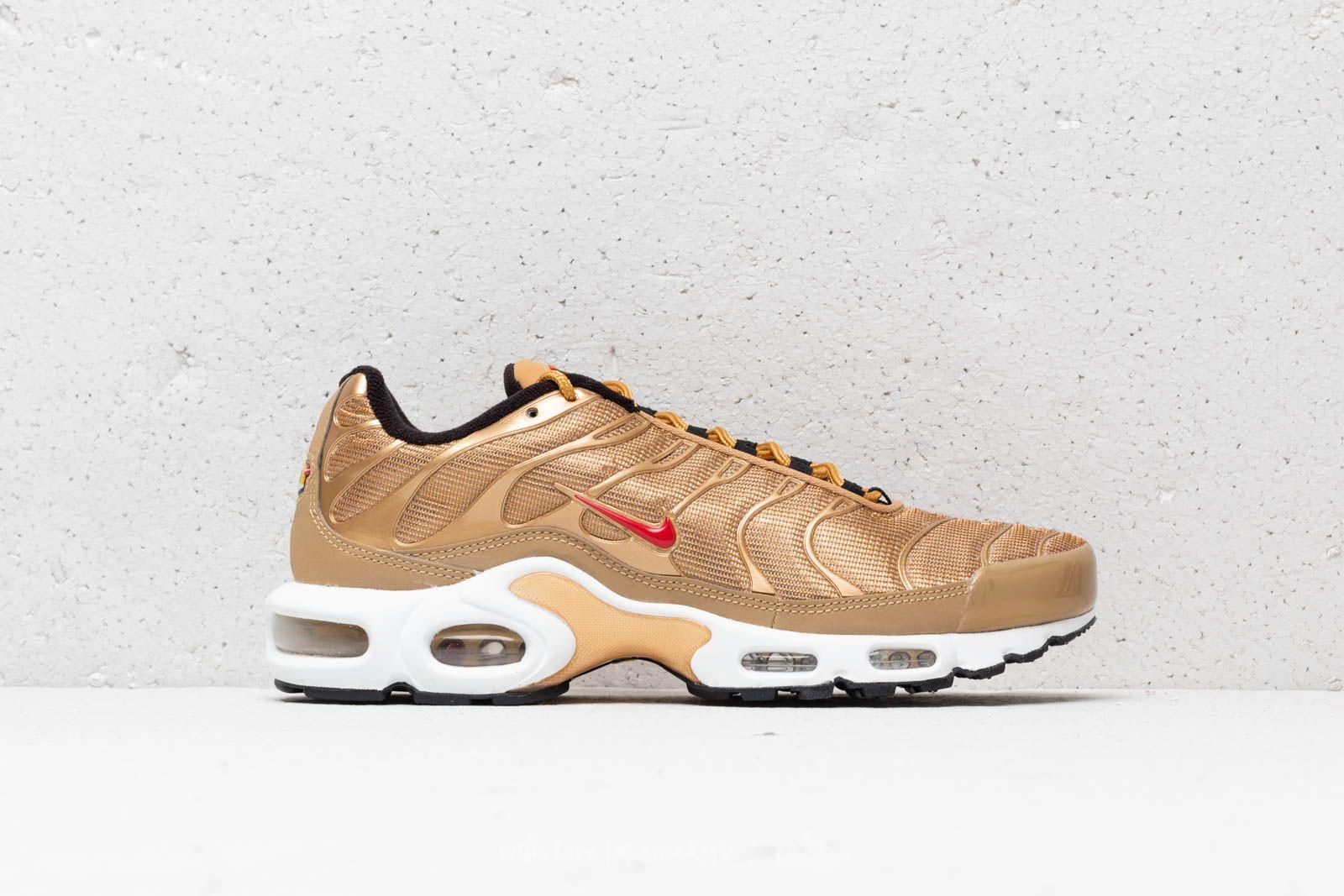 hot sales 8f974 0c444 Nike Air Max Plus QS Metallic Gold/ University Red | Footshop