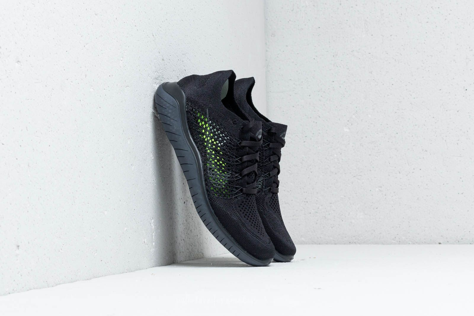 the best attitude 859db 3fc12 Nike Wmns Free RN Flyknit 2018 Black  Anthracite at a great price £111 buy