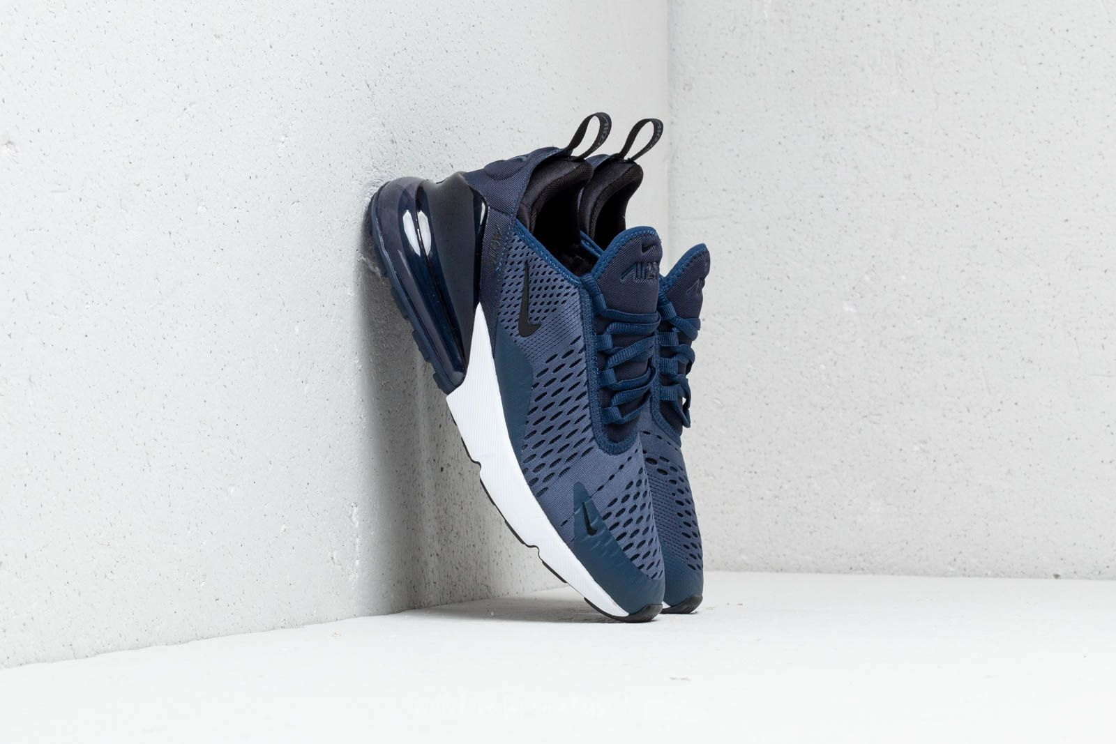 sale retailer db453 fe519 Nike Air Max 270 (GS). Midnight Navy  Black-White