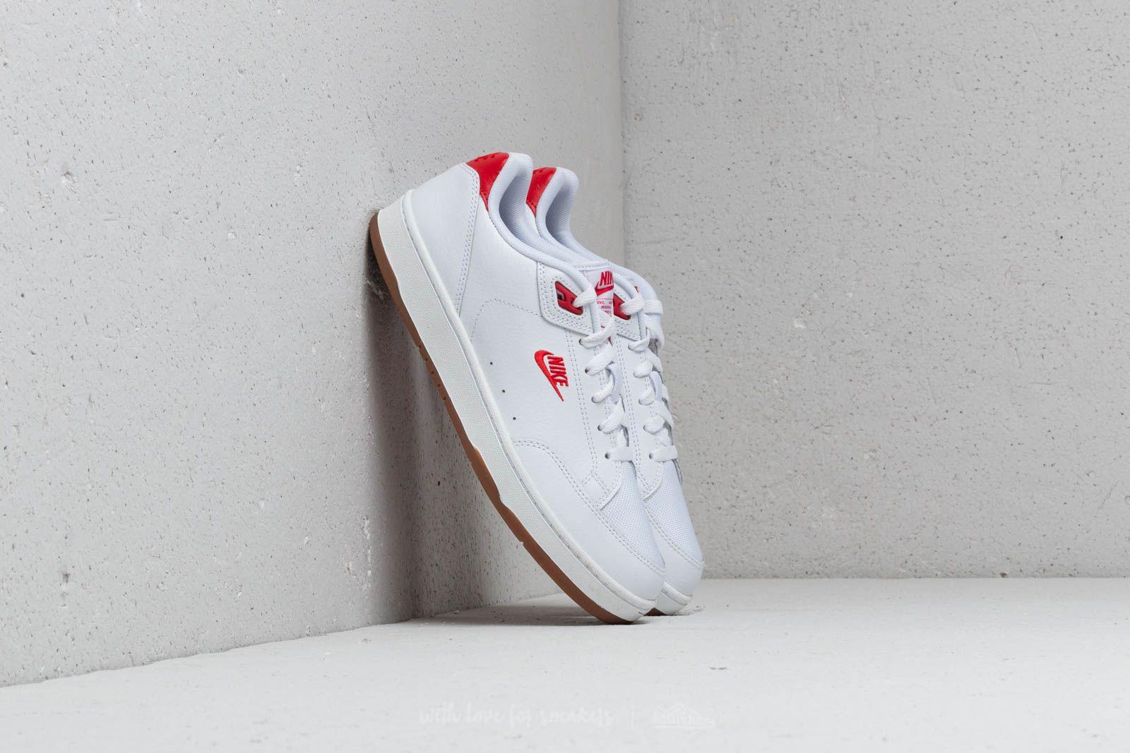 Nike Grandstand II Premium White/ University Red za skvělou cenu 1 610 Kč koupíte na Footshop.cz