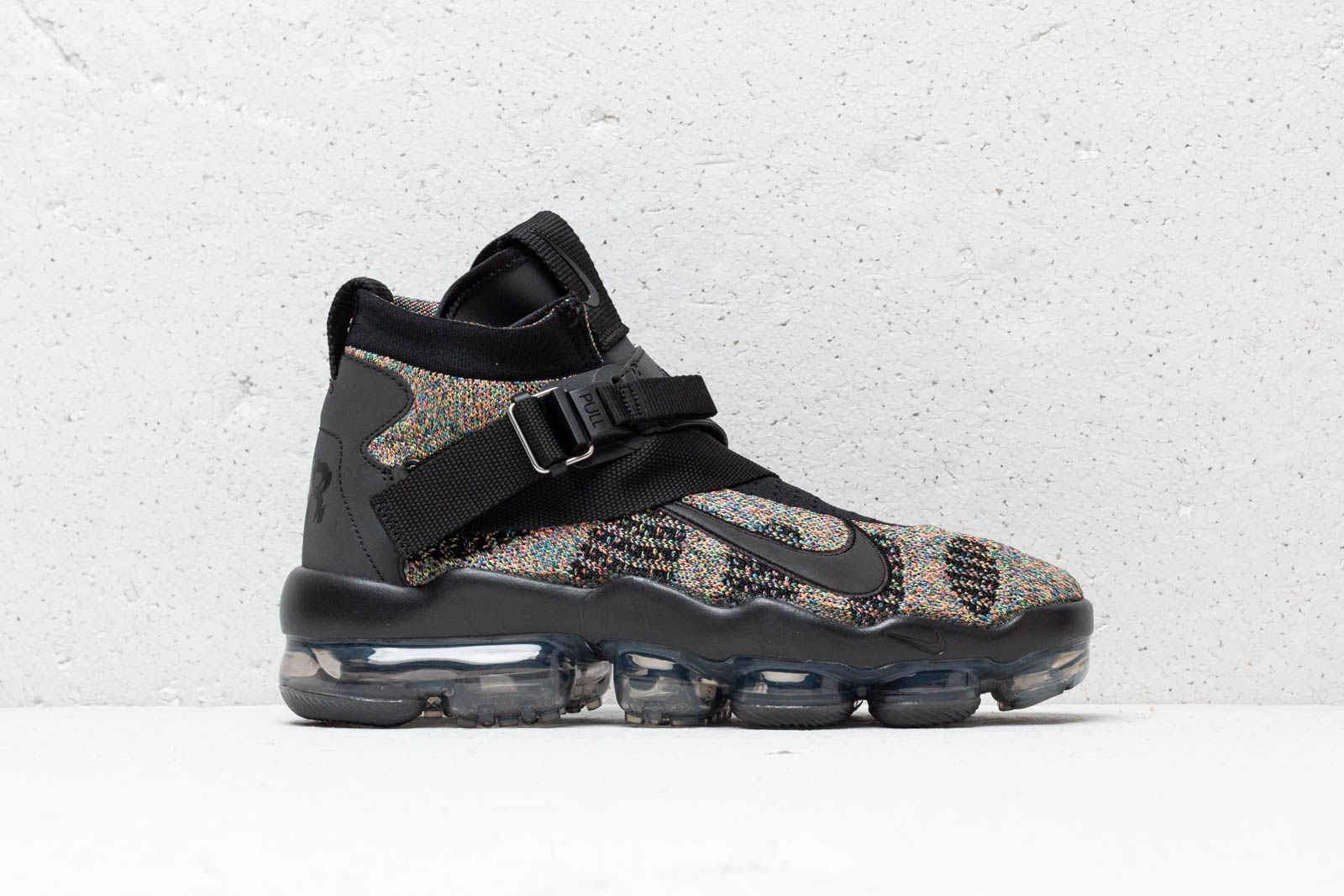 9220ae19af46 Nike Air Vapormax Premier Flyknit Black  Signal Blue-Green Strike at a  great price