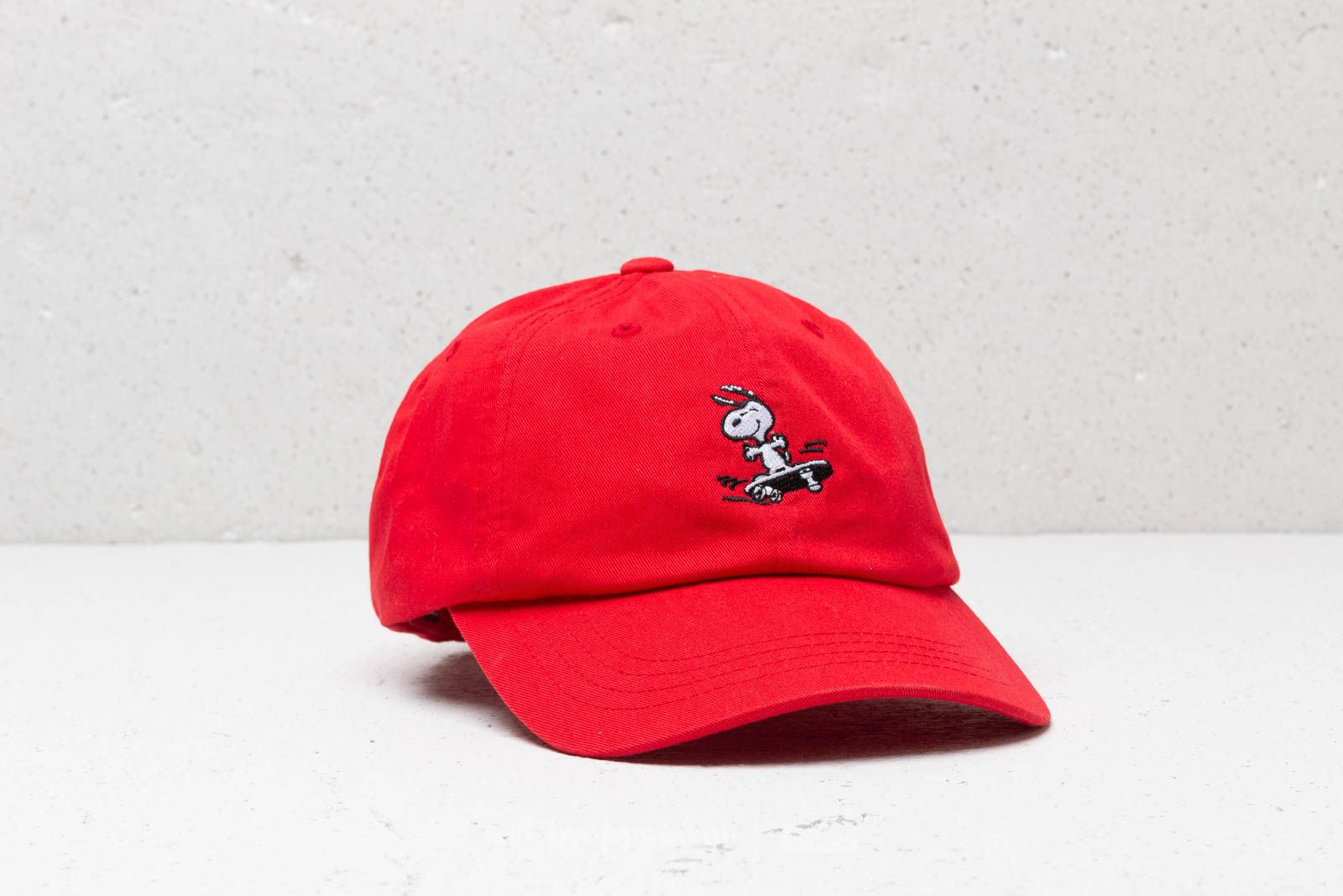 7c31b58d2e7 HUF x Peanuts Snoopy Sk8 6 P Cap Red at a great price  32 buy at