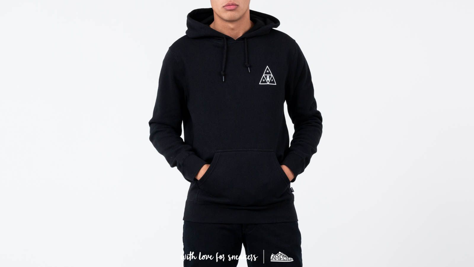 low priced 32cdf 21e14 HUF Memorial Triangle Pullover Hoodie Black | Footshop