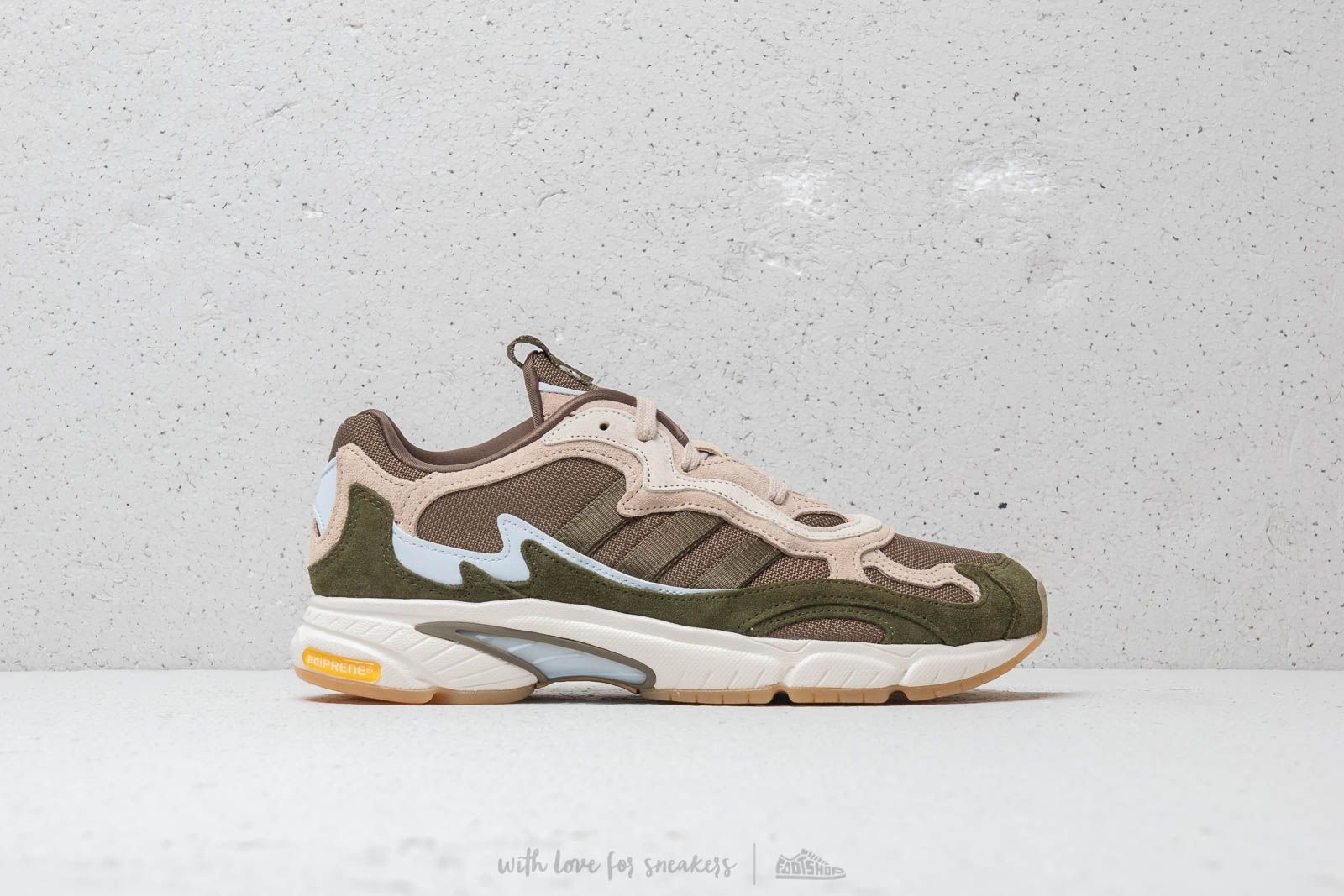 buy online b27c3 7bbab adidas Temper Run Saint Alfred Core White  Clear Brown  Clear Brown at a  great
