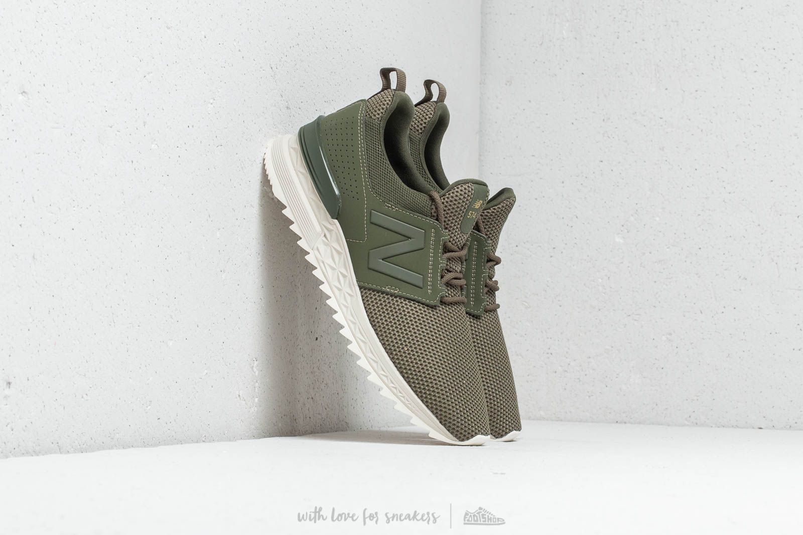 New Balance 574 Dark Covert Green at a great price 77 € buy at Footshop
