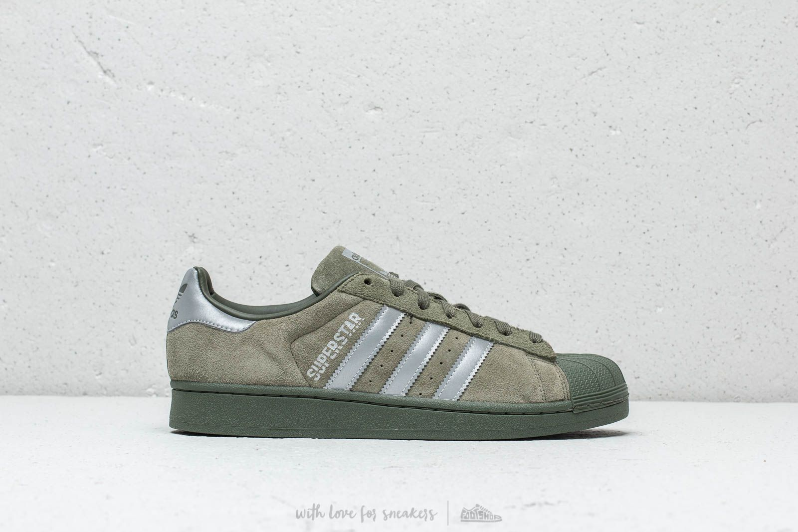 best sneakers 508df 15131 adidas Superstar Base Green Black Night Cargo at a great price 77 € buy