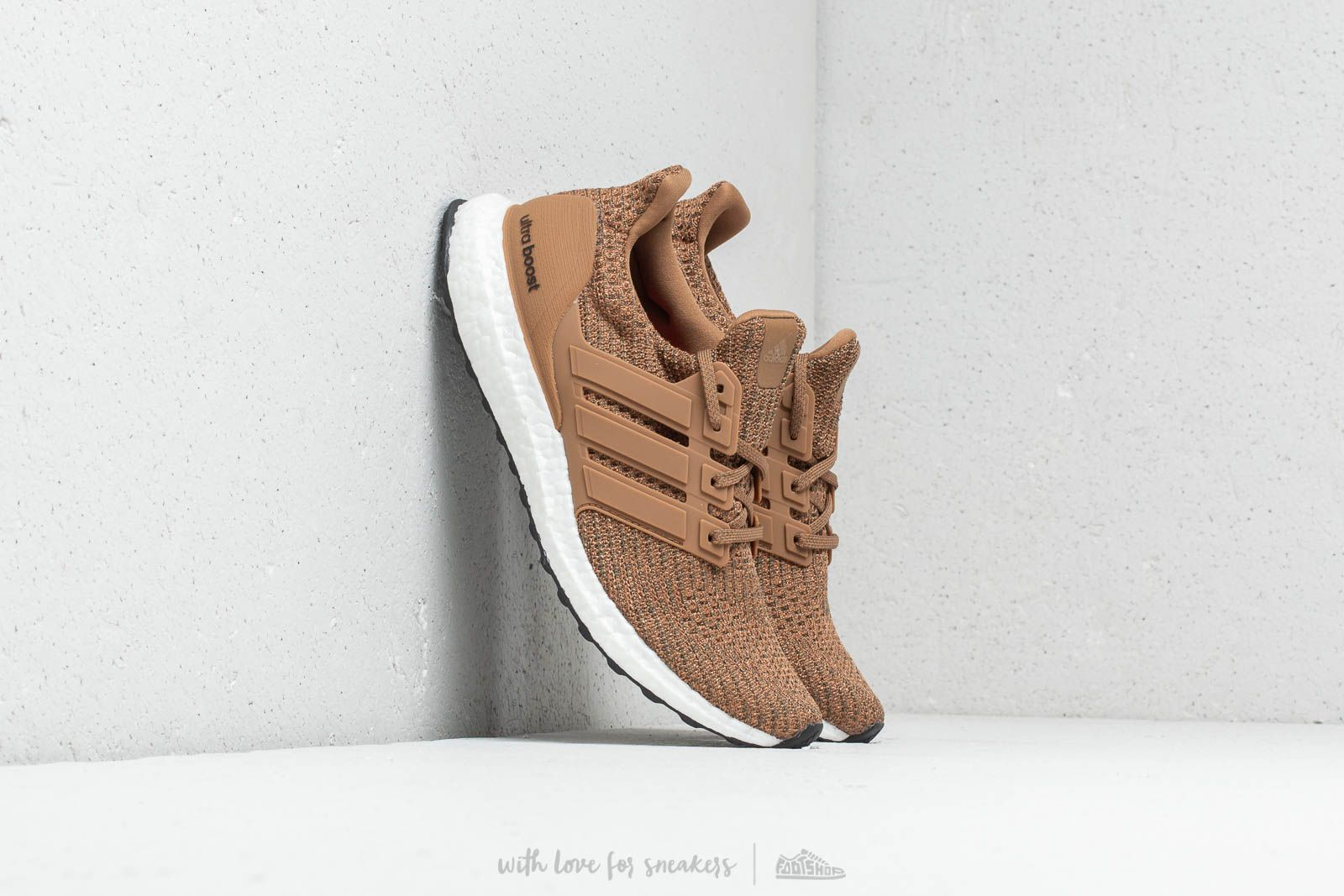 uk availability 80d72 9231e adidas UltraBOOST Raw Desert Raw Desert Base Green at a great price 180 €