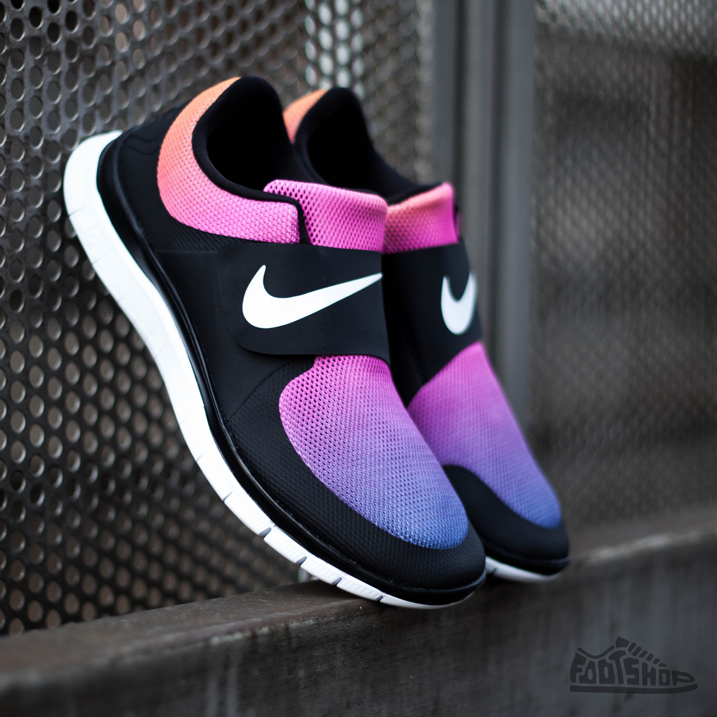 125f0ceabb47 Nike Free Socfly SD Black White-Pink Flash-True Yellow