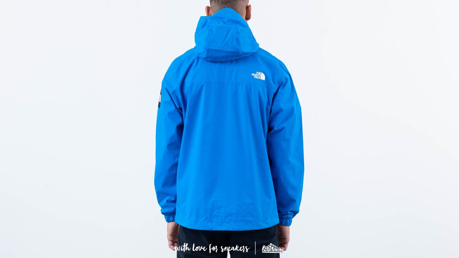 627b81321e The North Face M Mountain Q Jacket Blue at a great price 147 € buy at