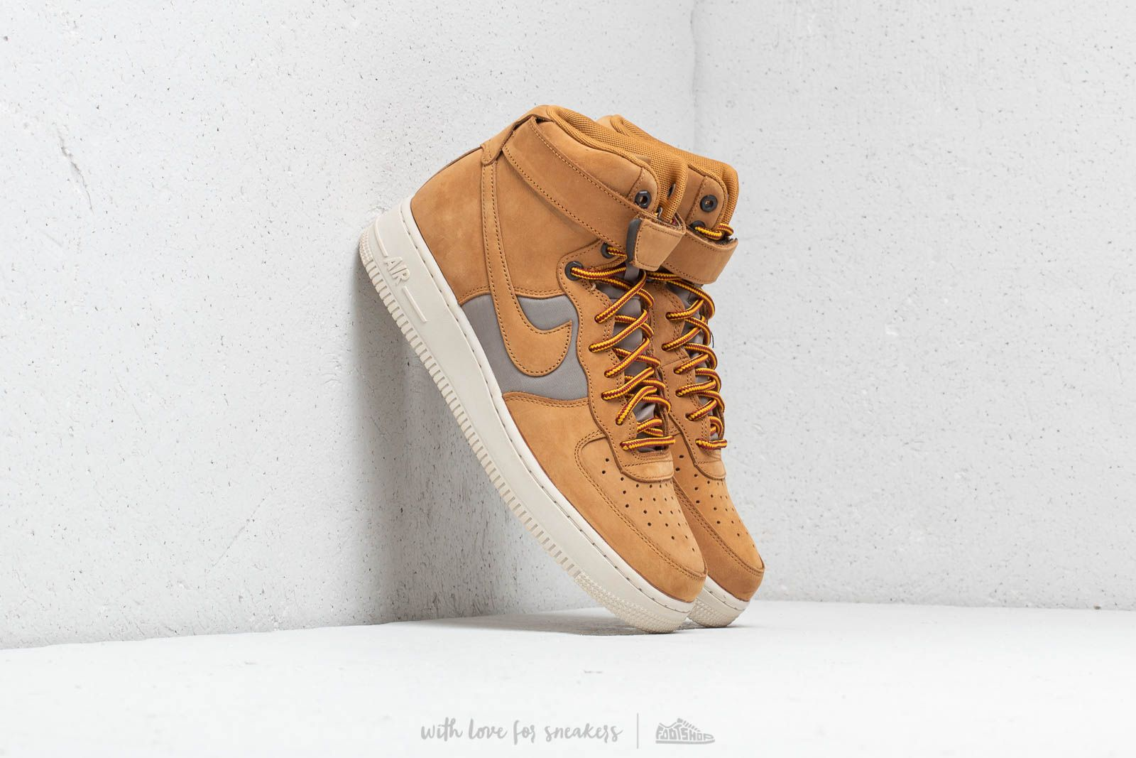 low cost 92801 3da5a Nike Air Force 1 High  07 Premium