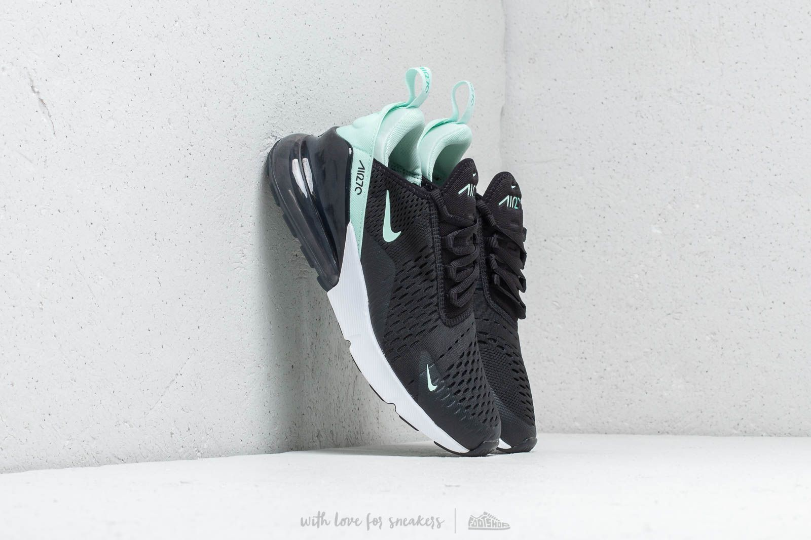 nike 270 black and turquoise